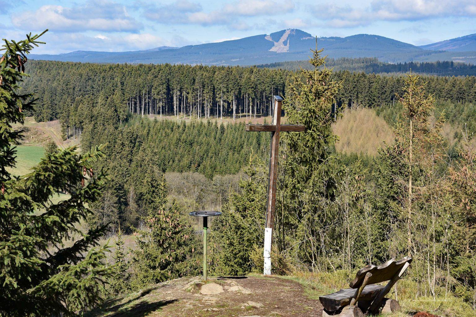 Blick vom Kapitelsberg zum Wurmberg