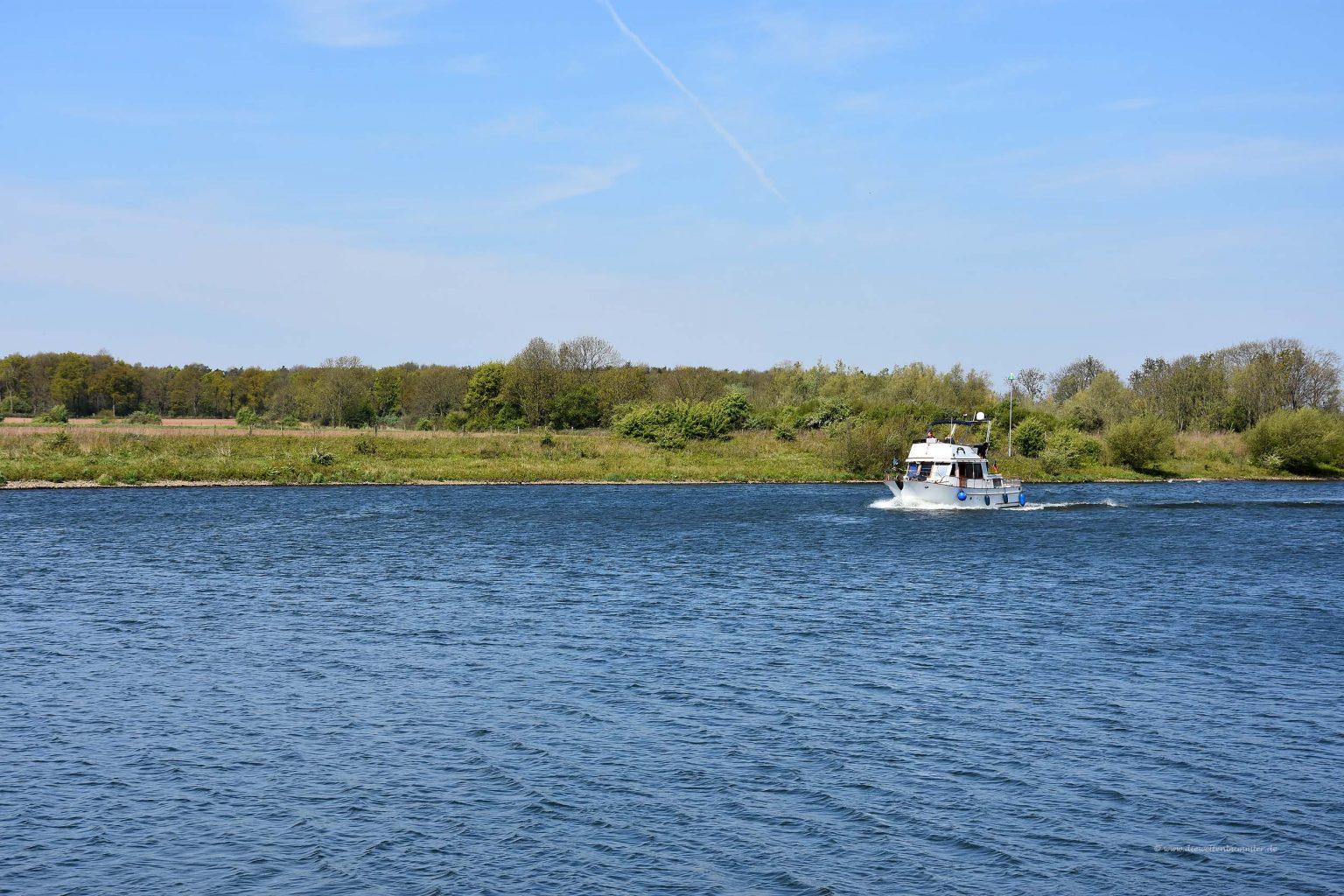 Boot auf der Maas