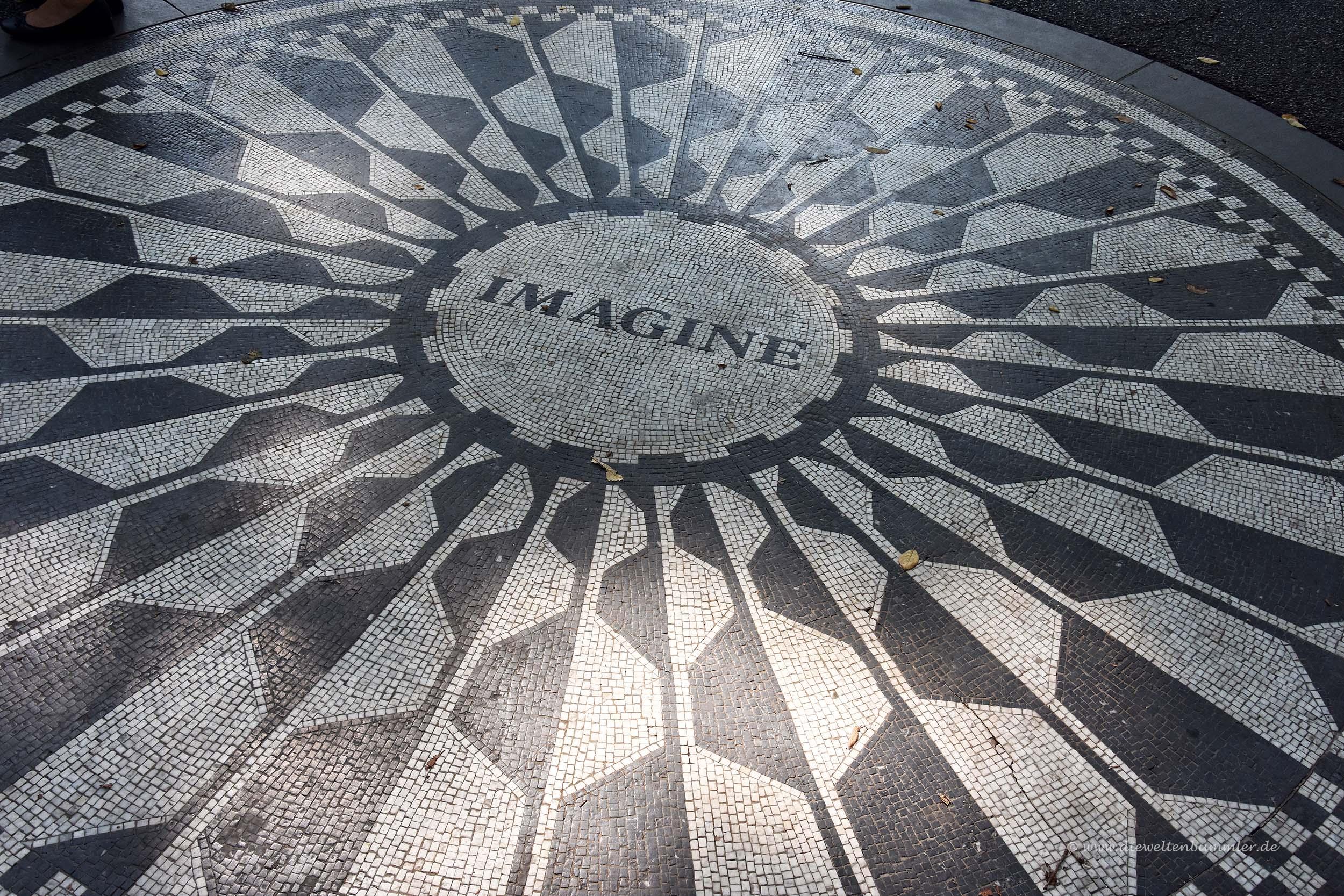 Imagine im Strawberry Field