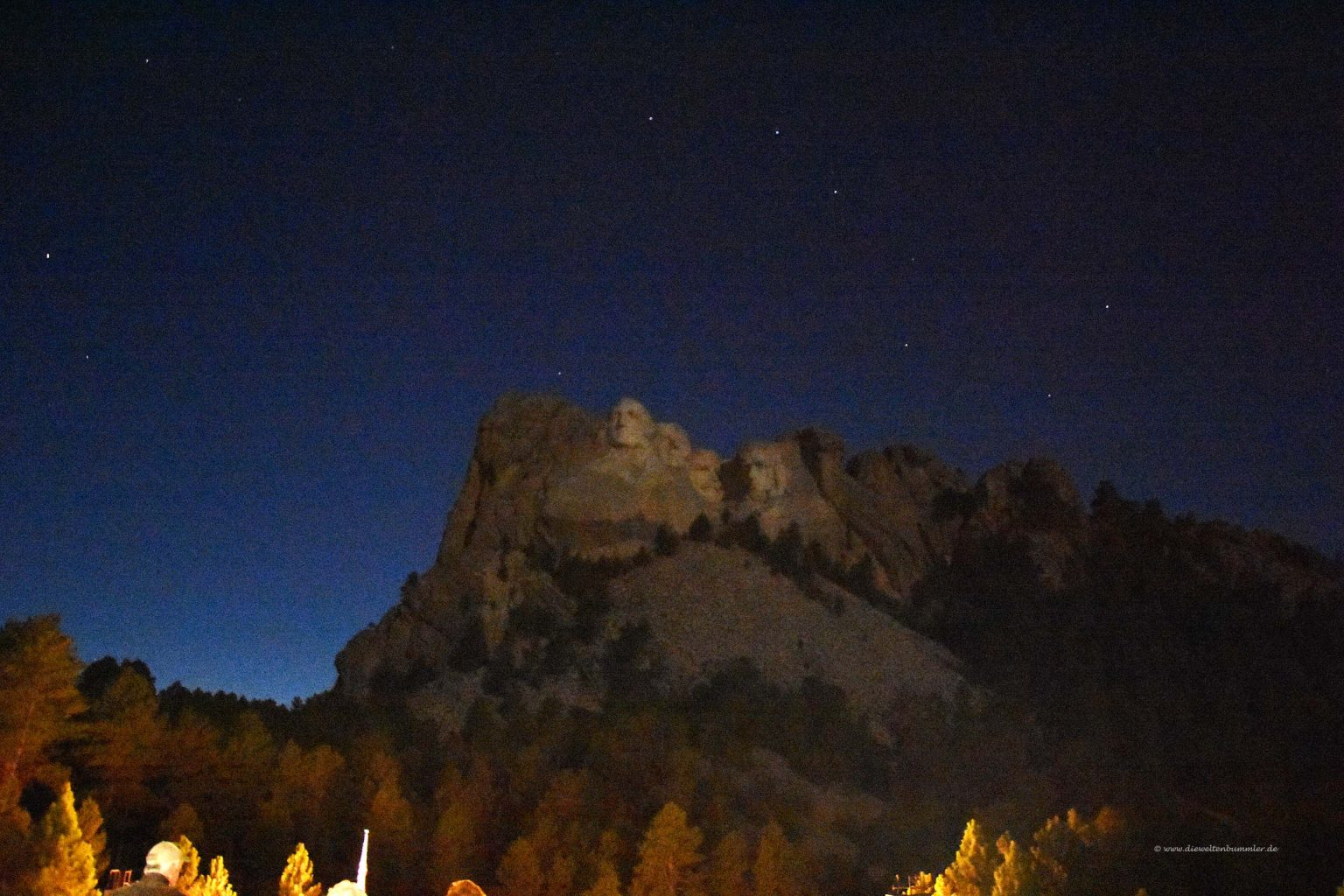 Mount Rushmore am Abend