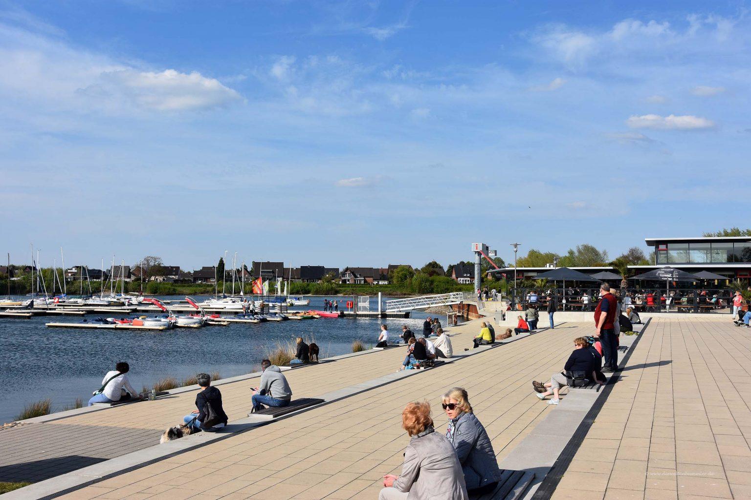Promenade an der Xantener Südsee