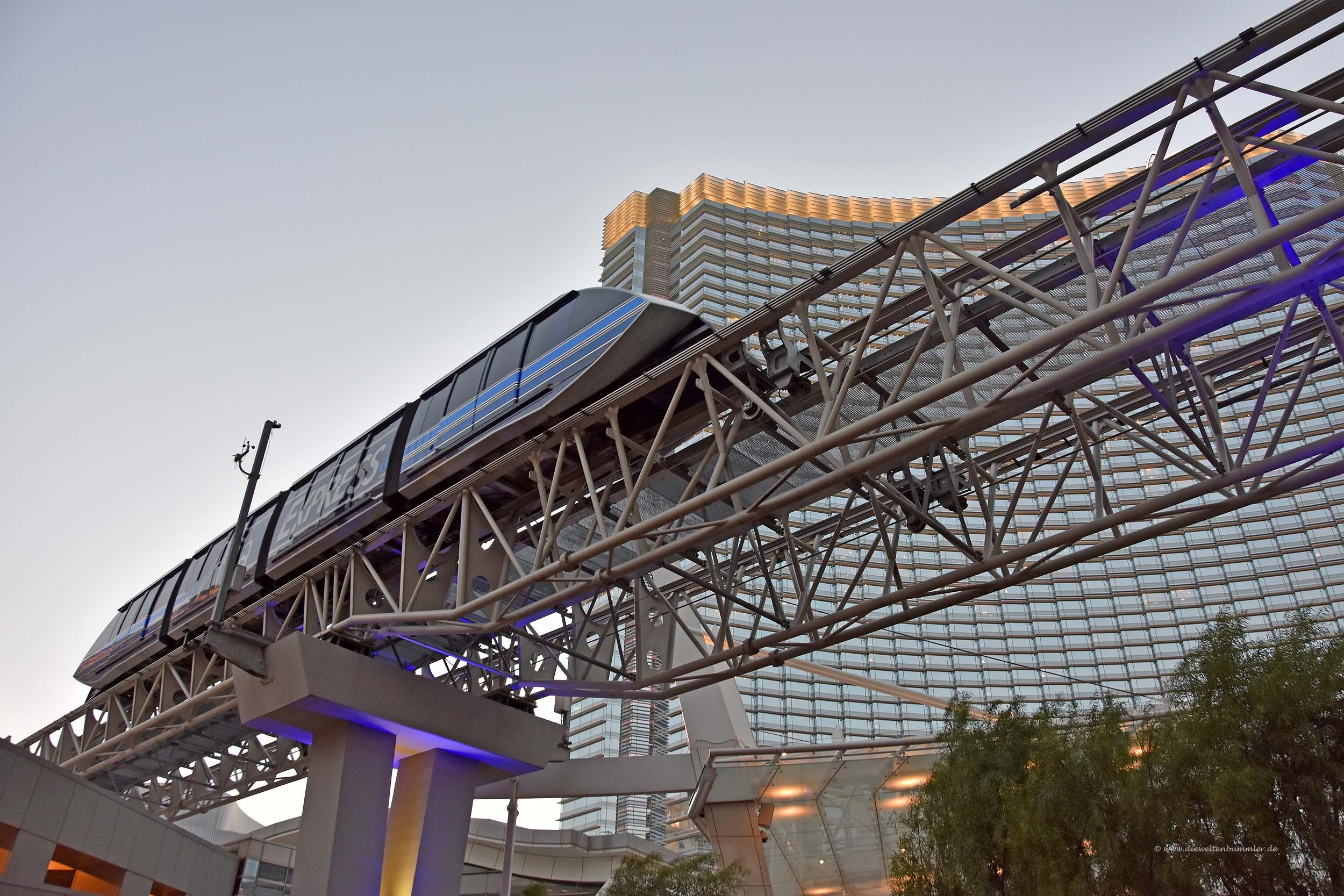 Shuttle vom Aria-Hotel
