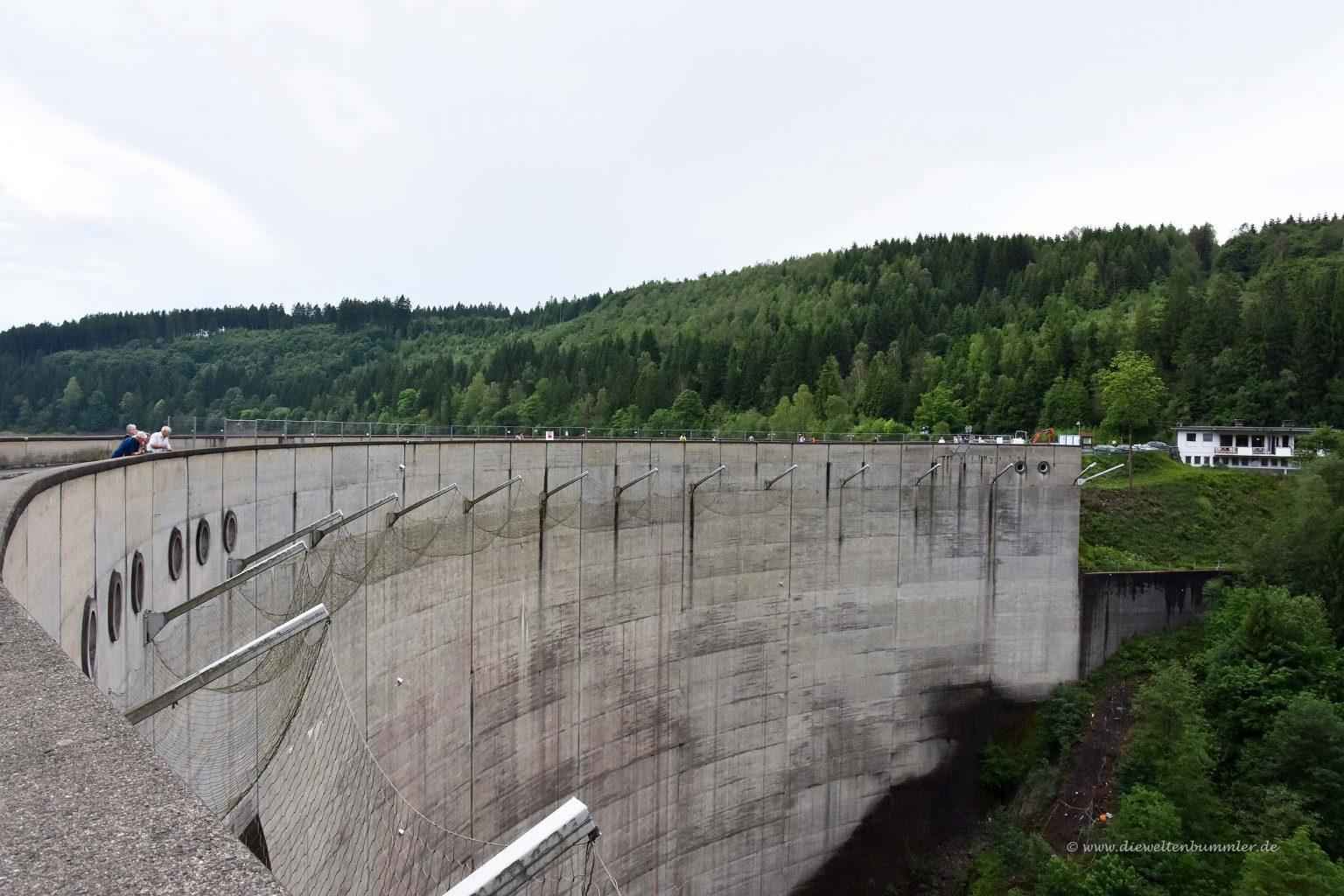 Staumauer der Okertalsperre