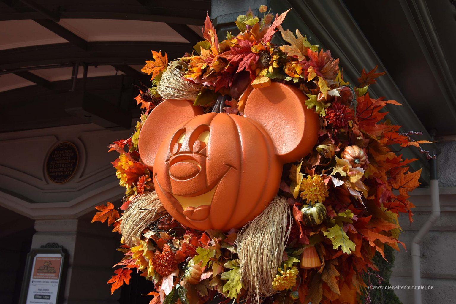 Micky Maus als Halloween Kürbis