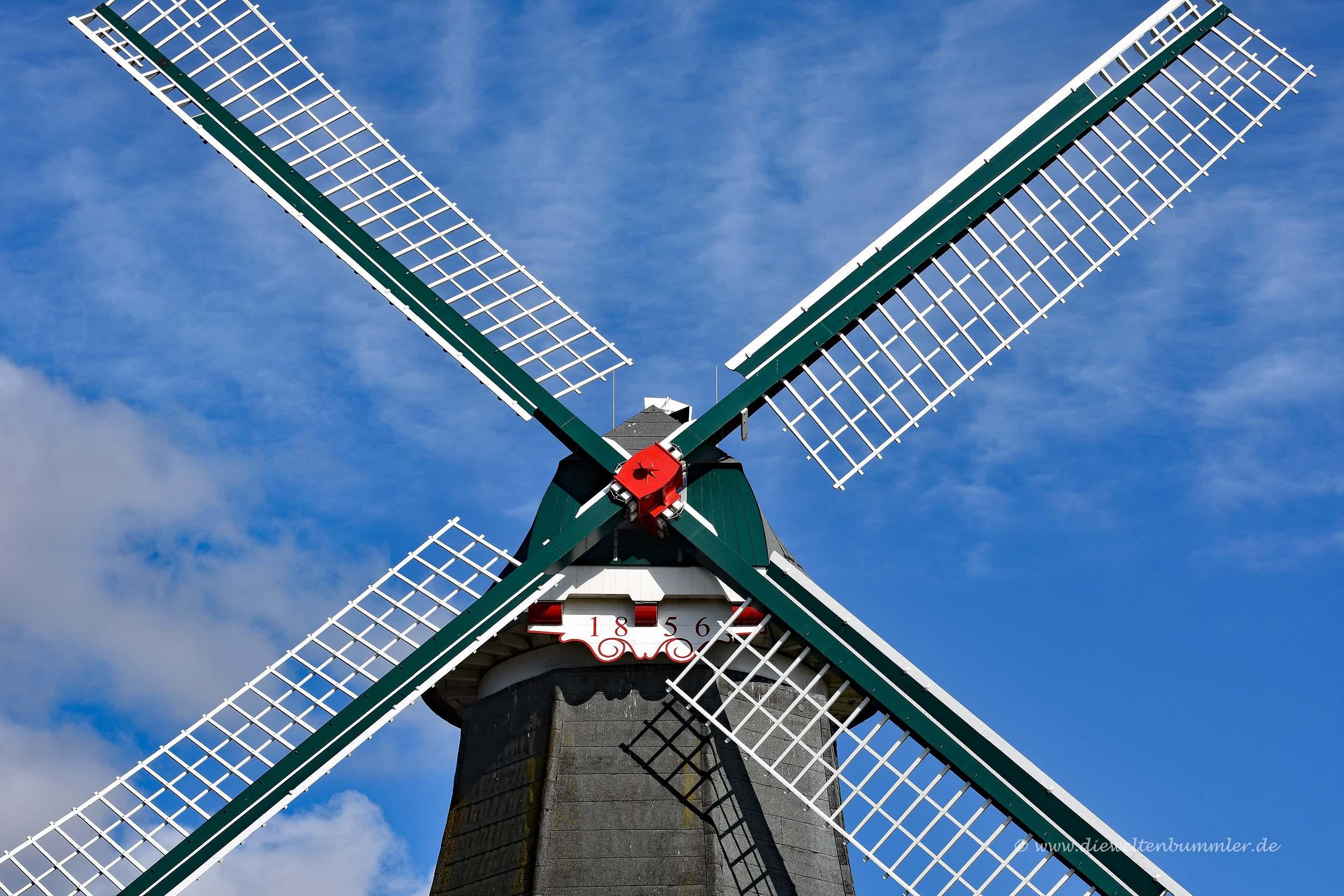 Eine der Greetsieler Windmühlen
