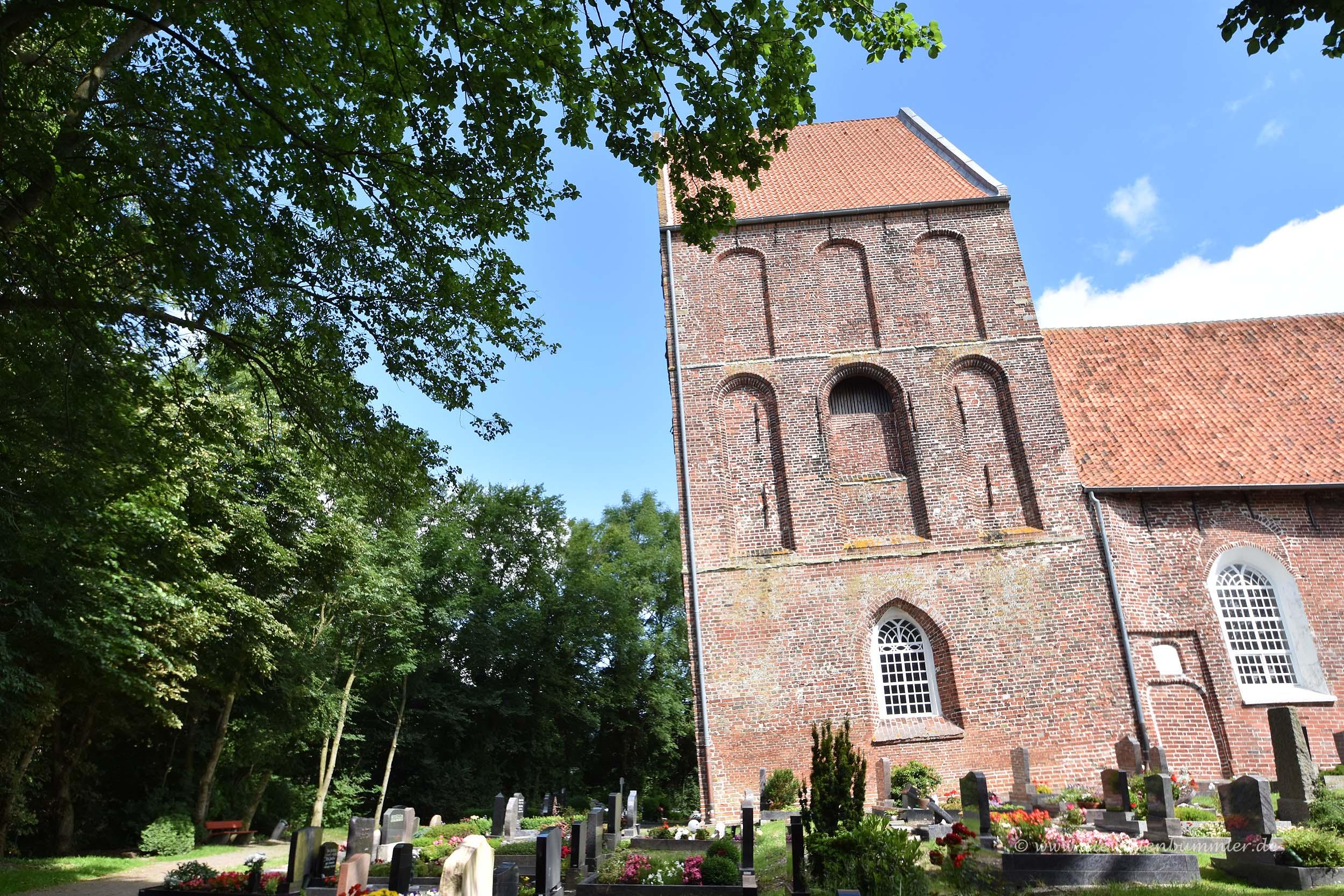 Kirchturm in Suurhusen