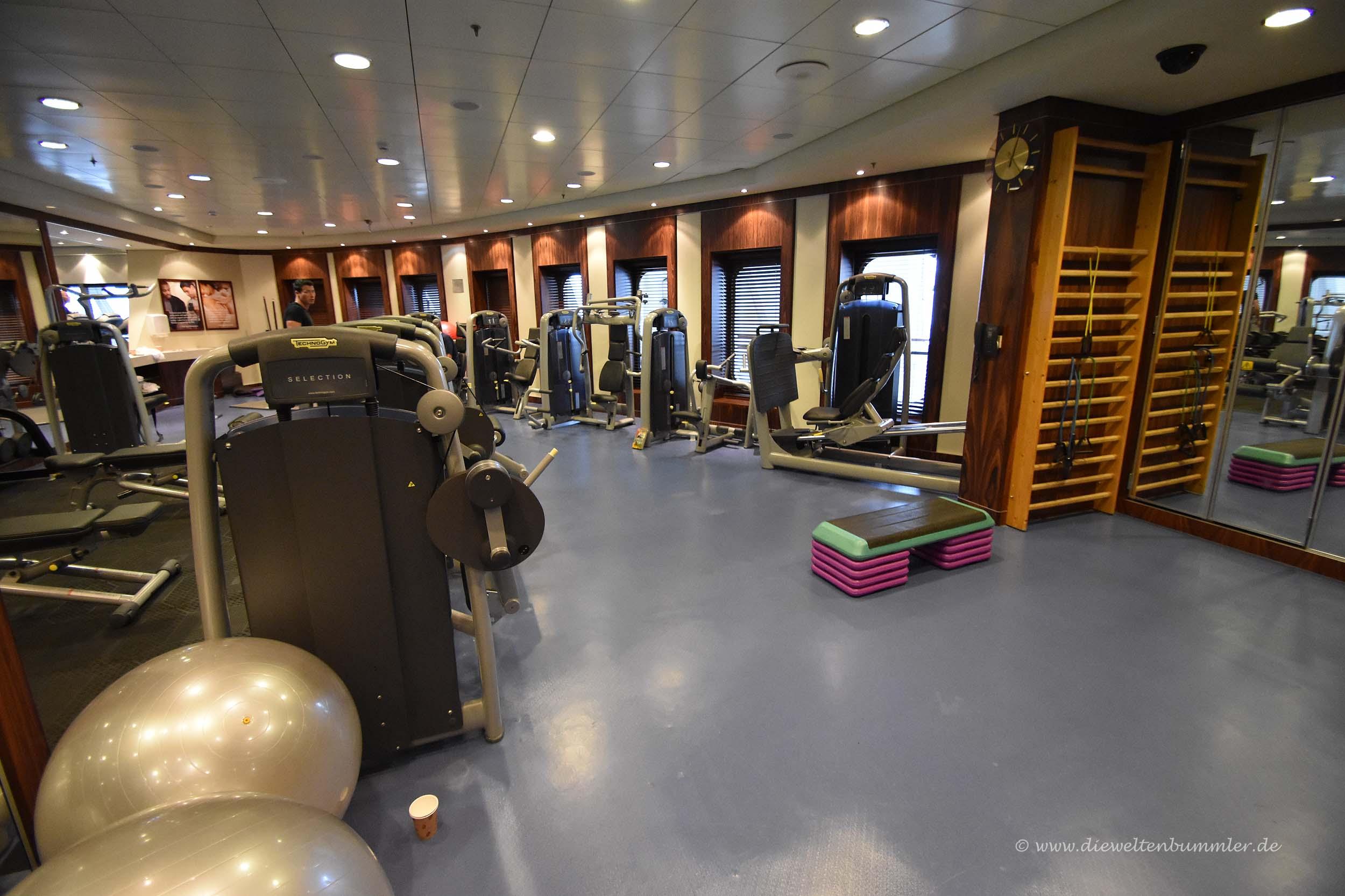 Fitnessbereich auf der Queen Mary 2