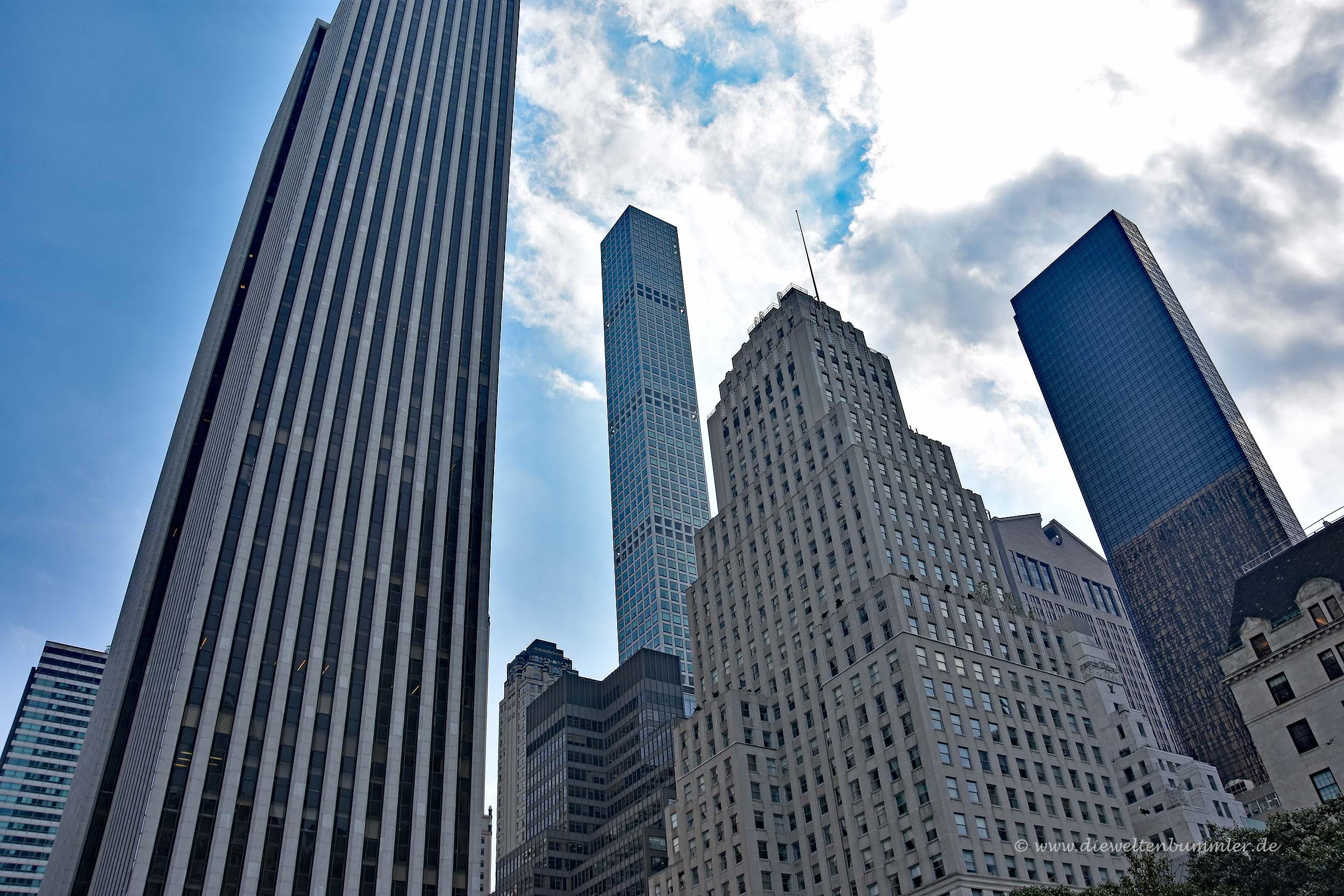 GM Building links und 432 Park Avenue im Hintergrund