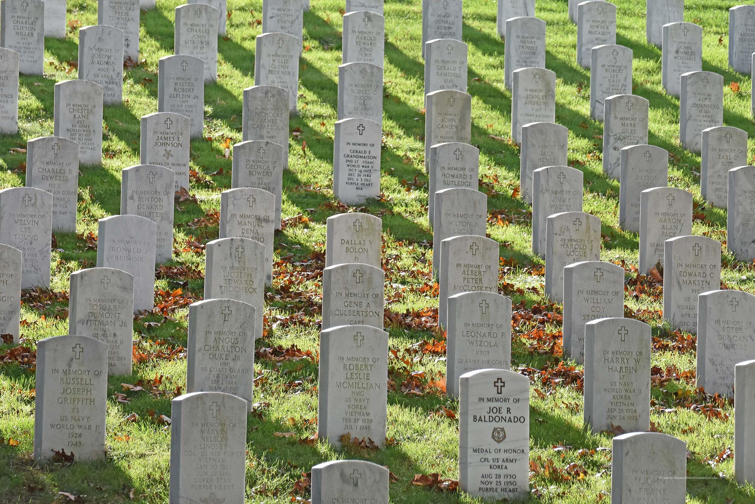 Grabsteine auf dem Friedhof in Arlington