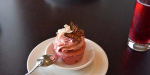 Kreativ gestaltete Süßspeisen