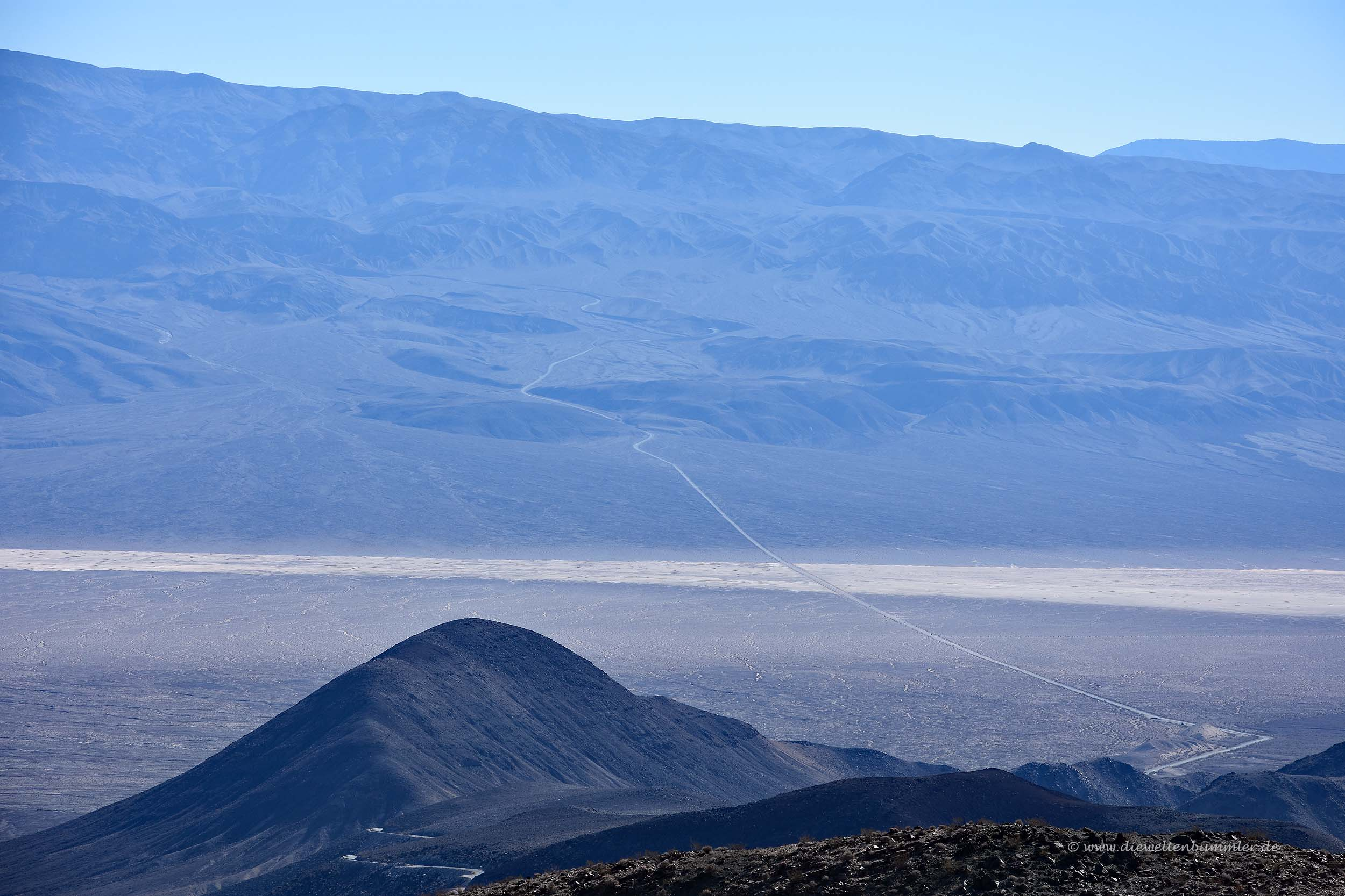Straße im Death Valley