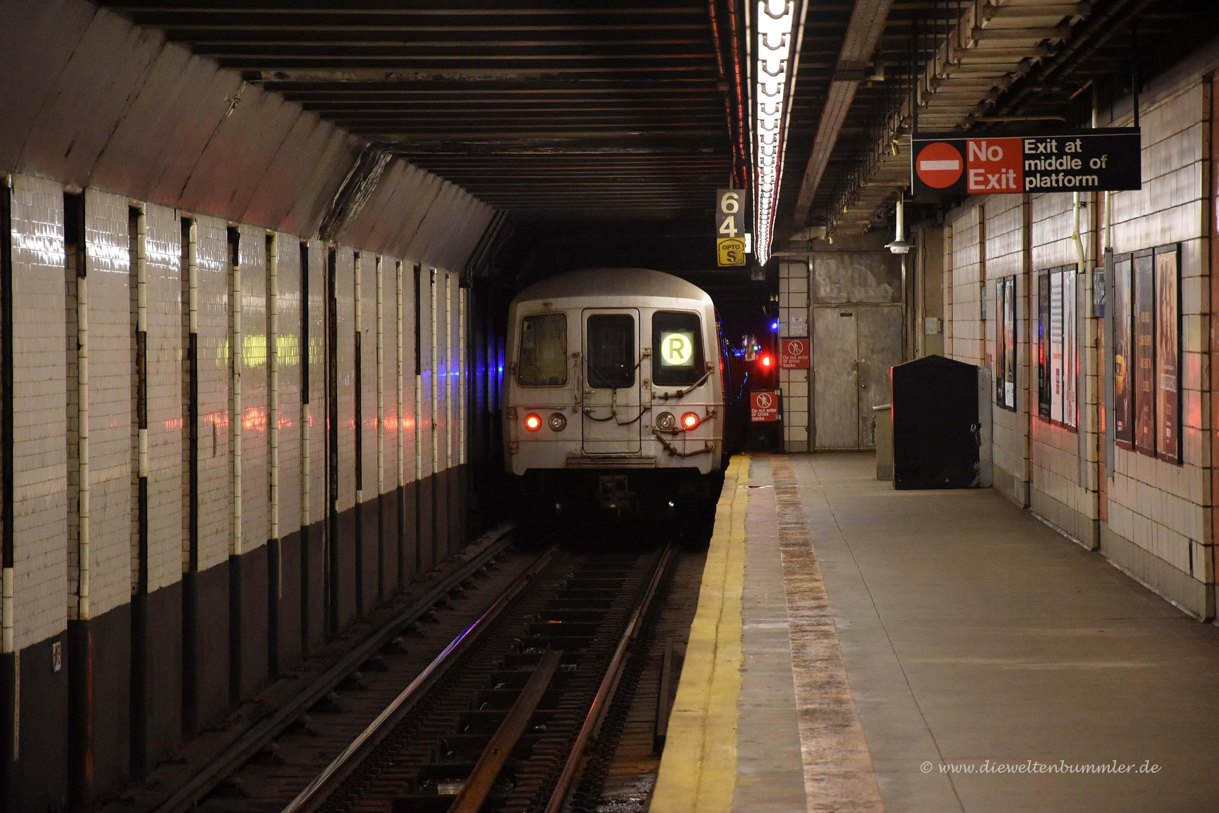 Abfahrt der Subway