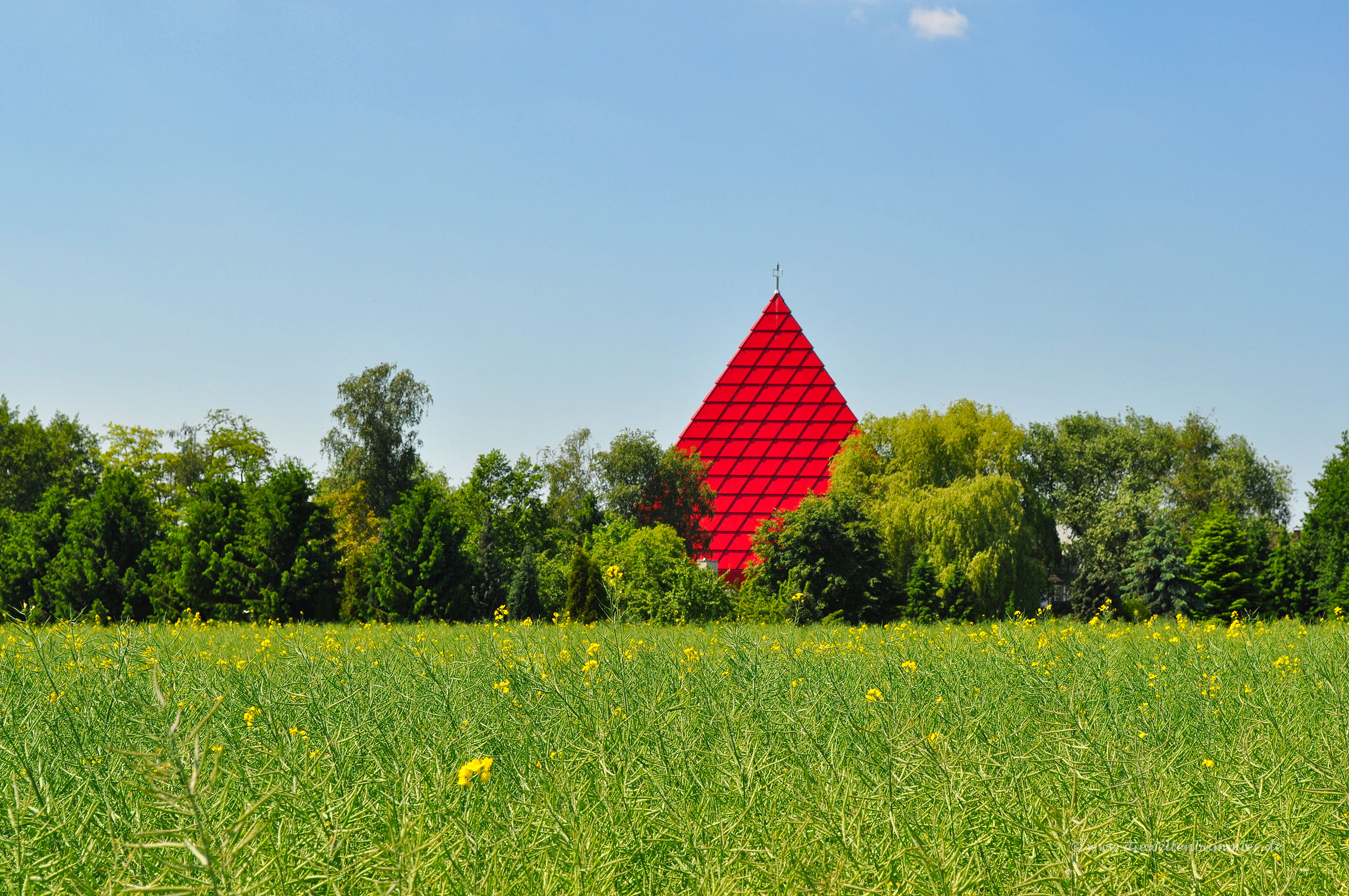 Pyramide in Ratingen-Breitscheid