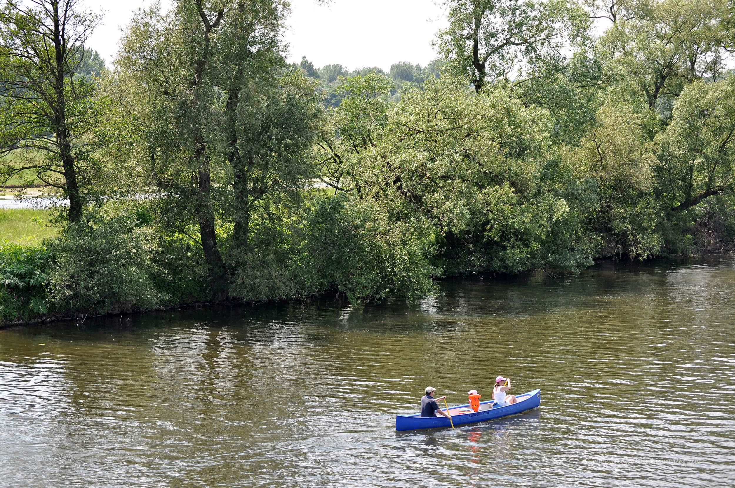 Wassersportler auf der Ruhr in Essen