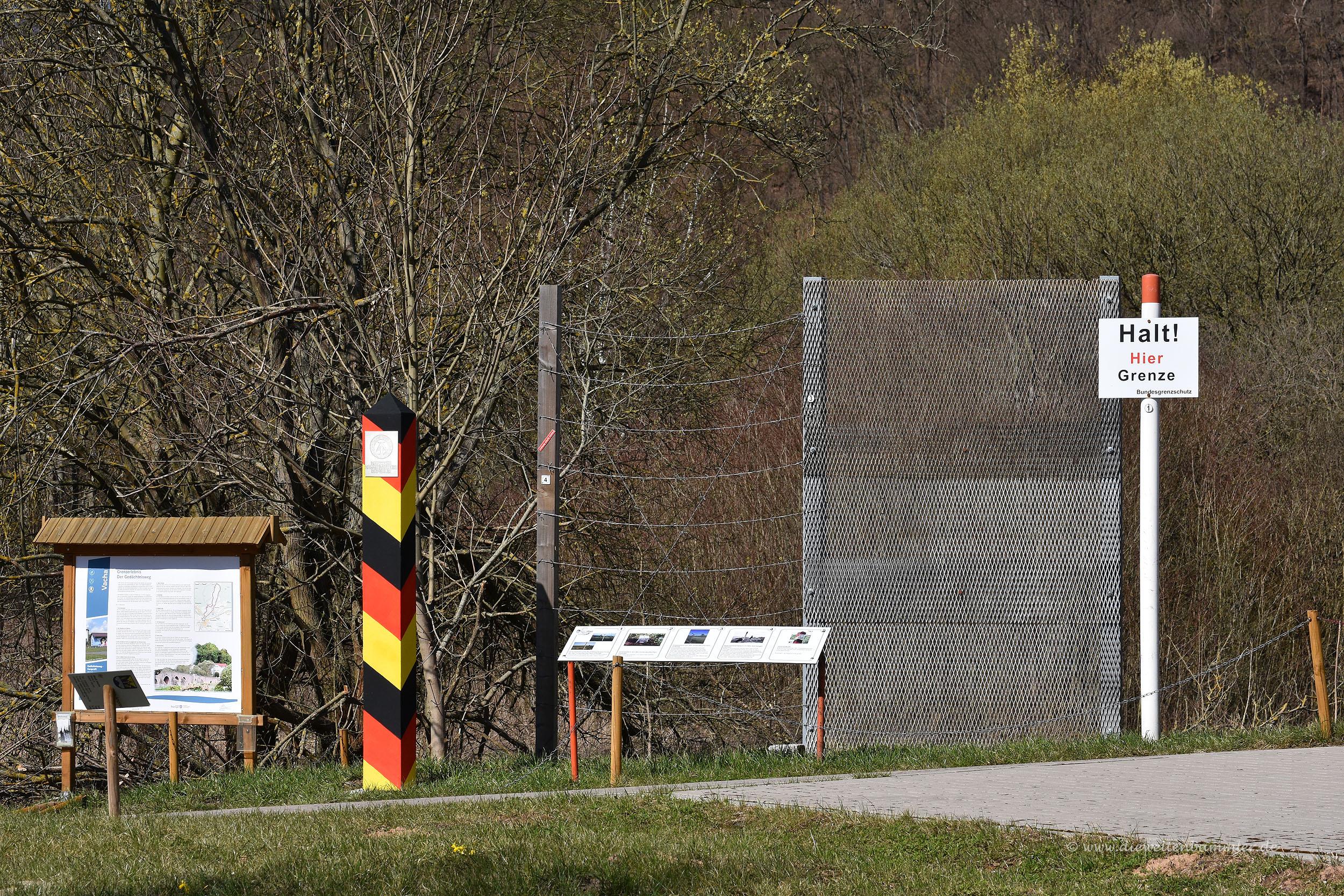 Alter Grenzpfosten der DDR