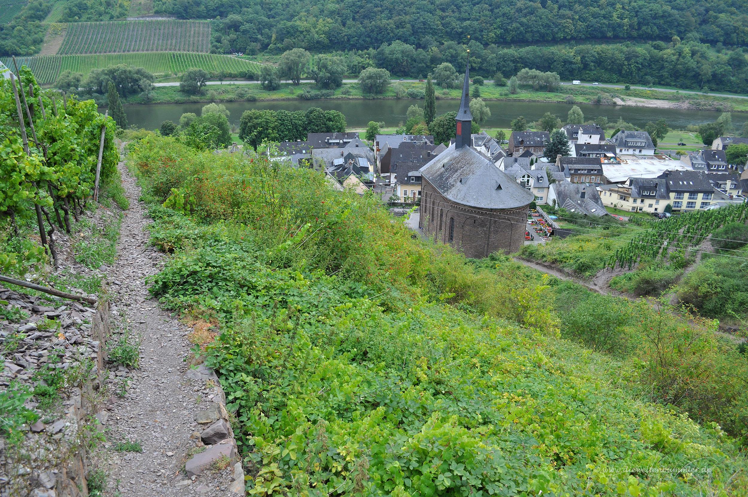 Apolloweg oberhalb von Valwig