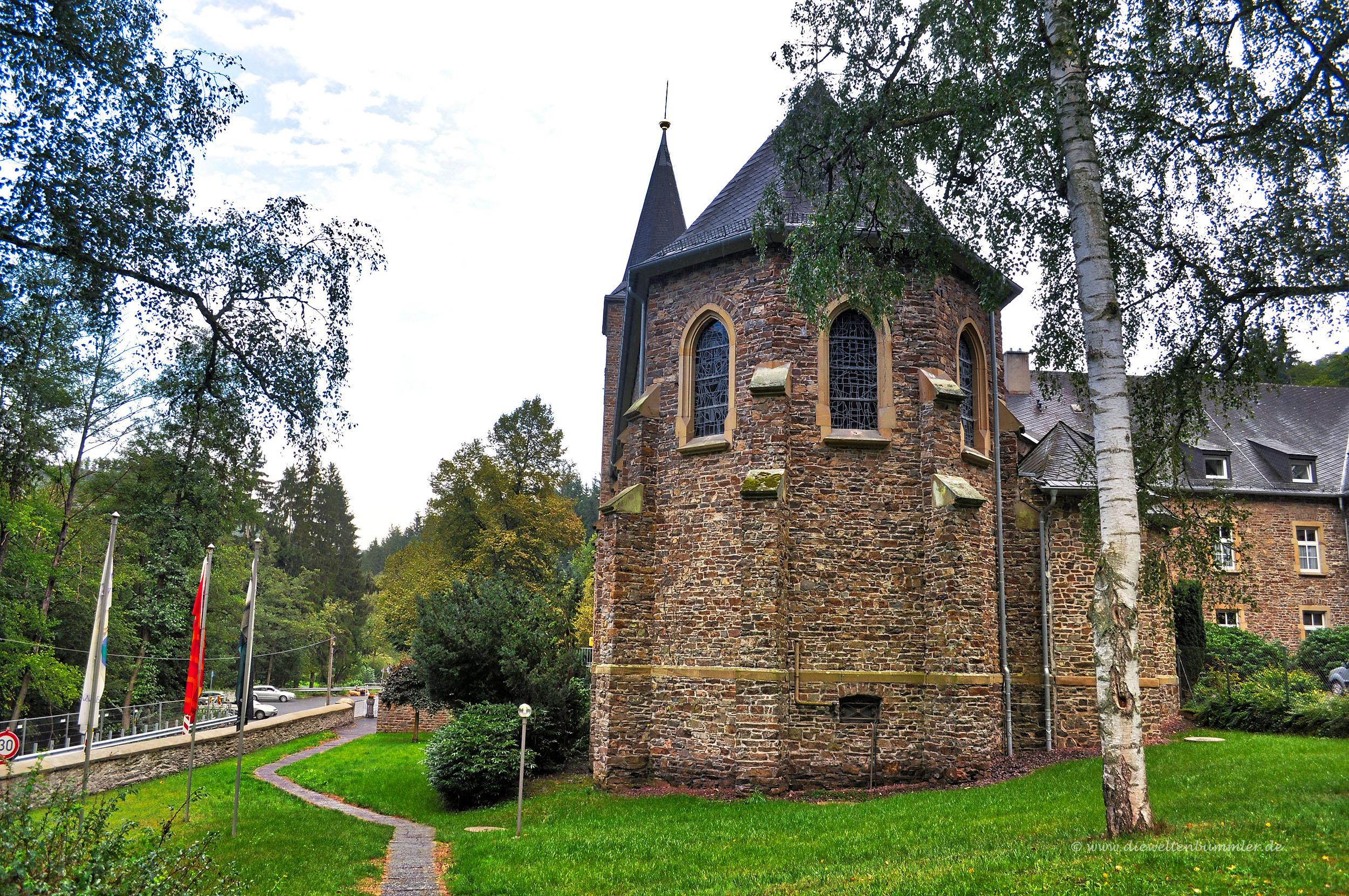 Kloster Maria Engelport am Mosel Camio