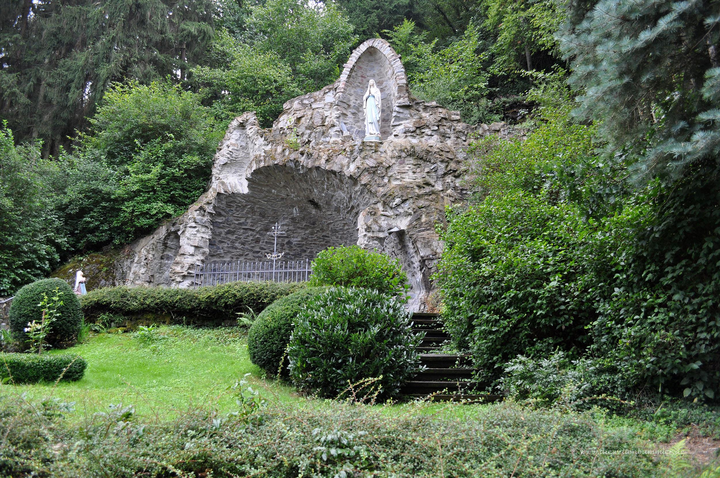 Mariengrotte am Kloster Maria Engelport