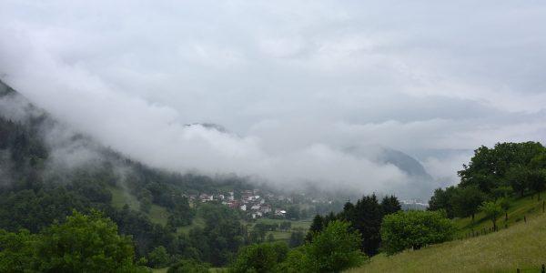 Tief hängende Wolken bei Tolmin