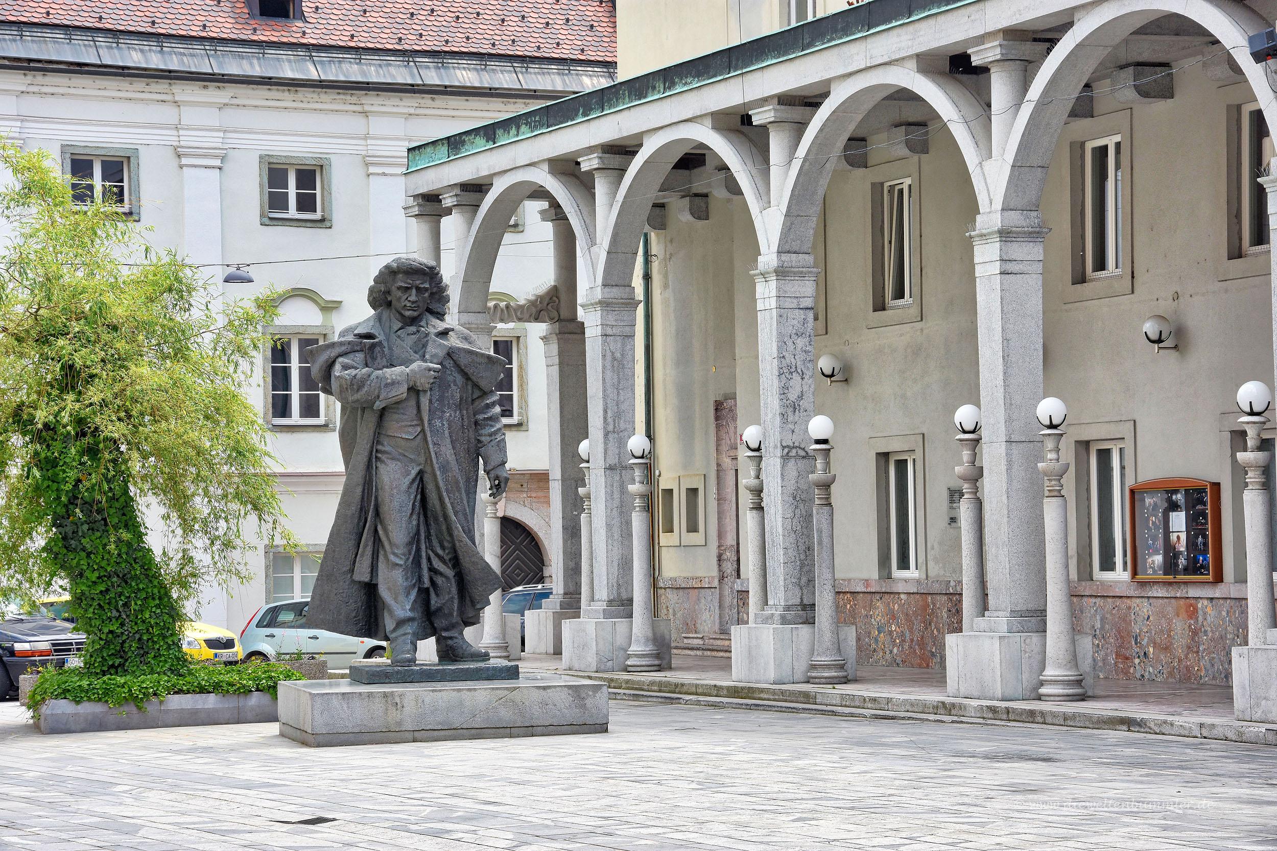 Prešeren-Denkmal in Kranj