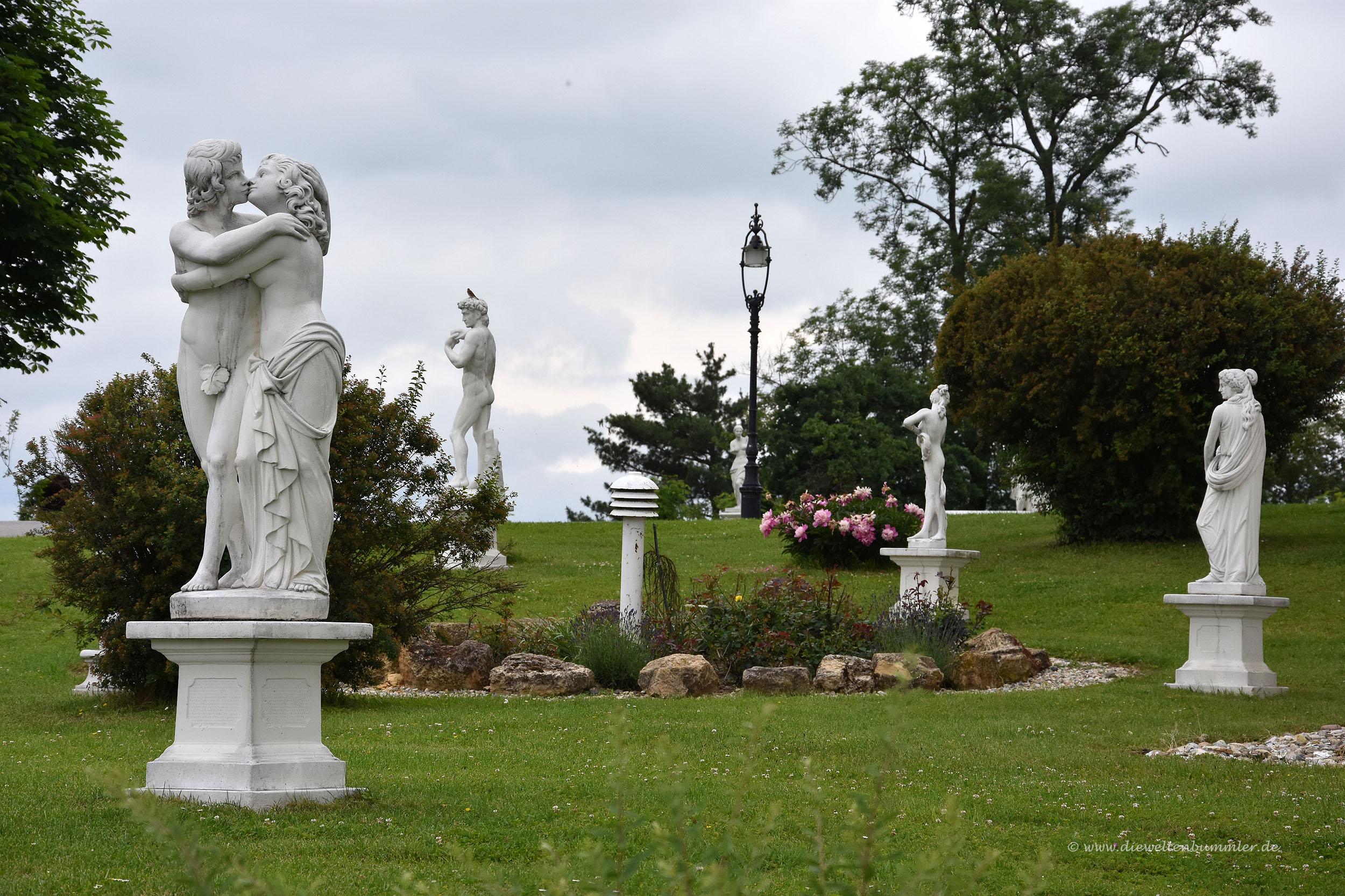 Skulpturen im Schlosspark von Gornja Radgona