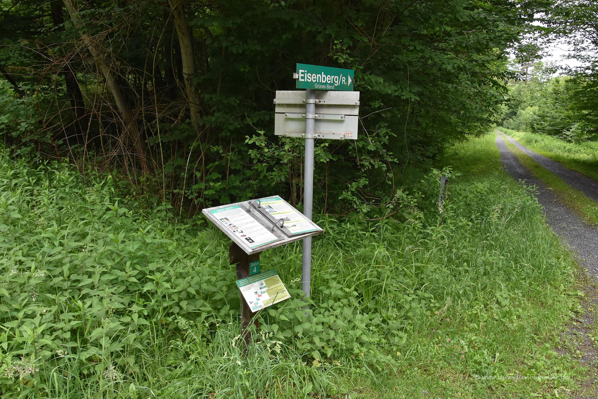Historische Hinweise am Wegesrand