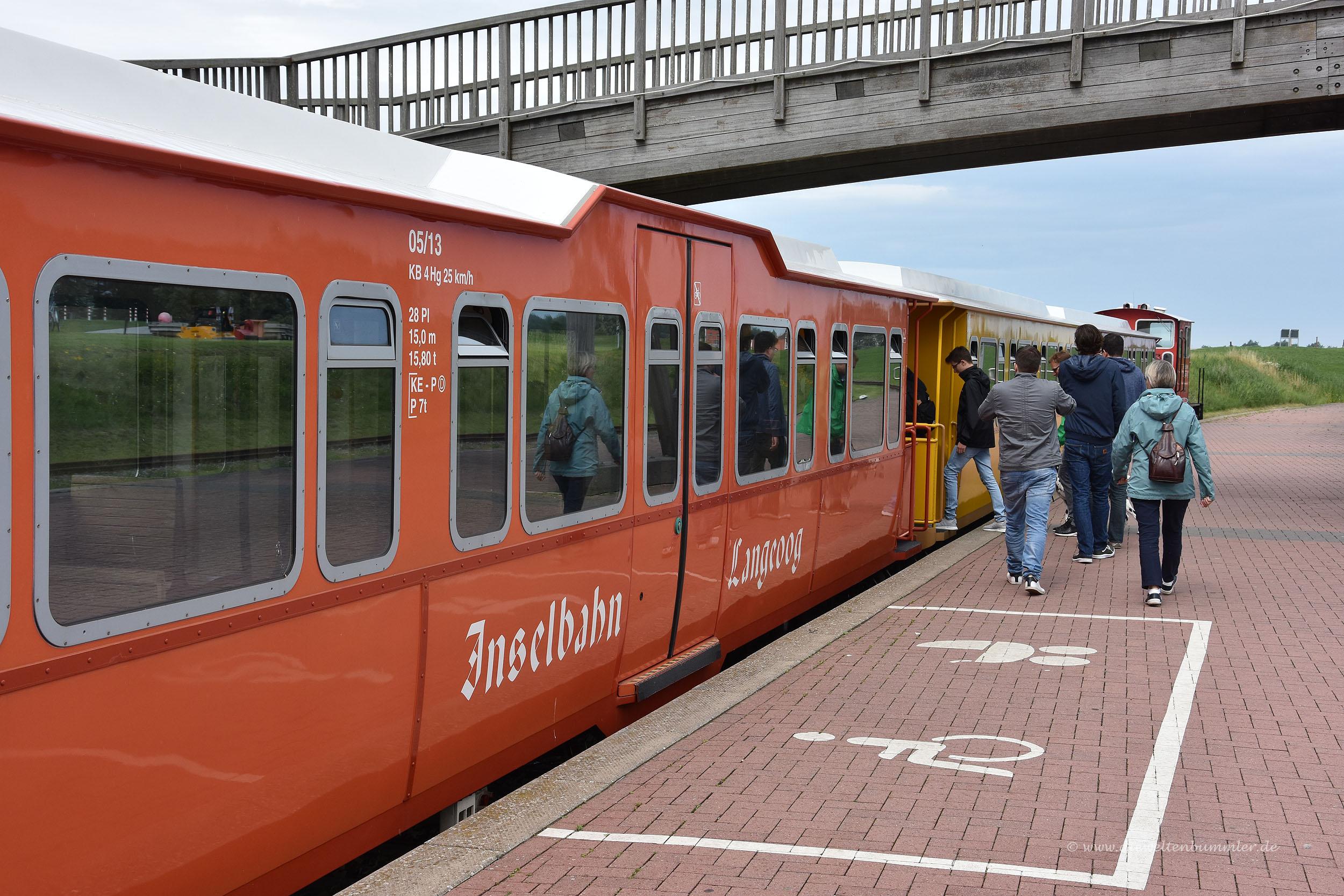 Inselbahn auf Langeoog