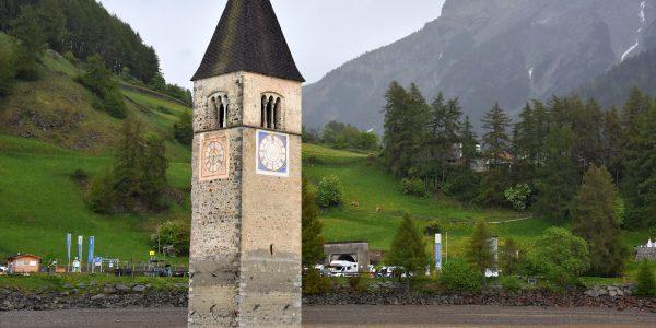 Kirchturm von der Seeseite aus