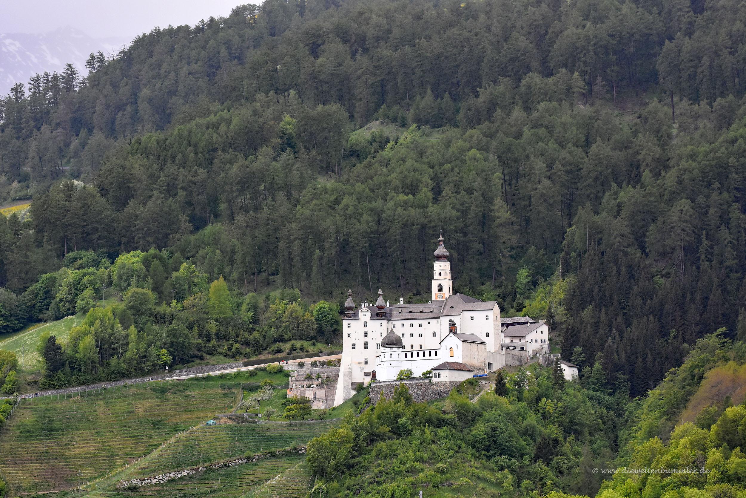 Kloster Marienberg am Reschenpass