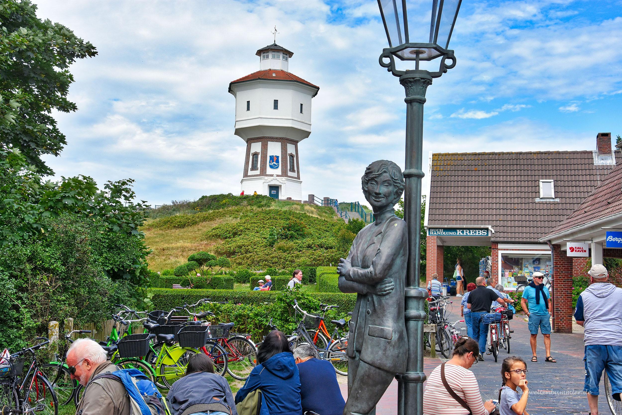 Lili Marleen-Skulptur auf Langeoog