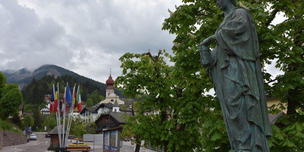 Skulptur in Sankt Ulrich