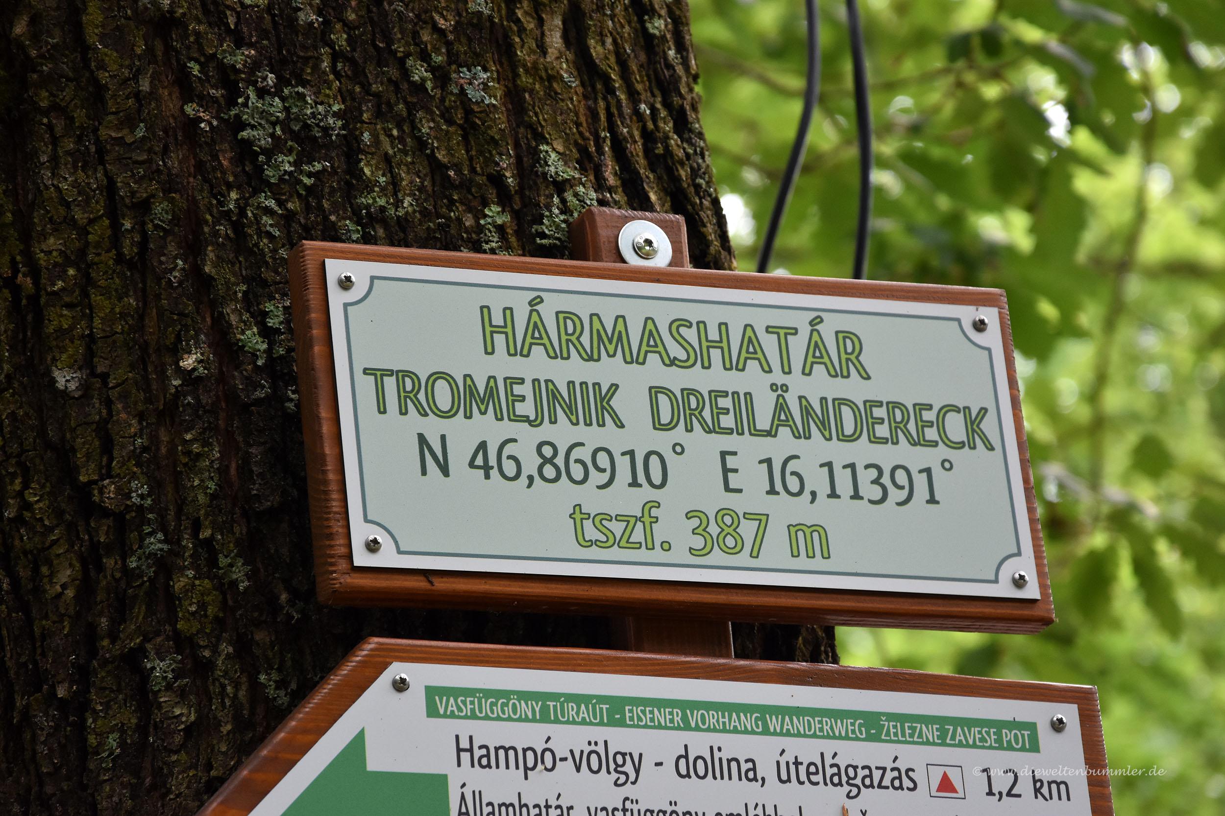 Wanderwegschilder auf Ungarisch
