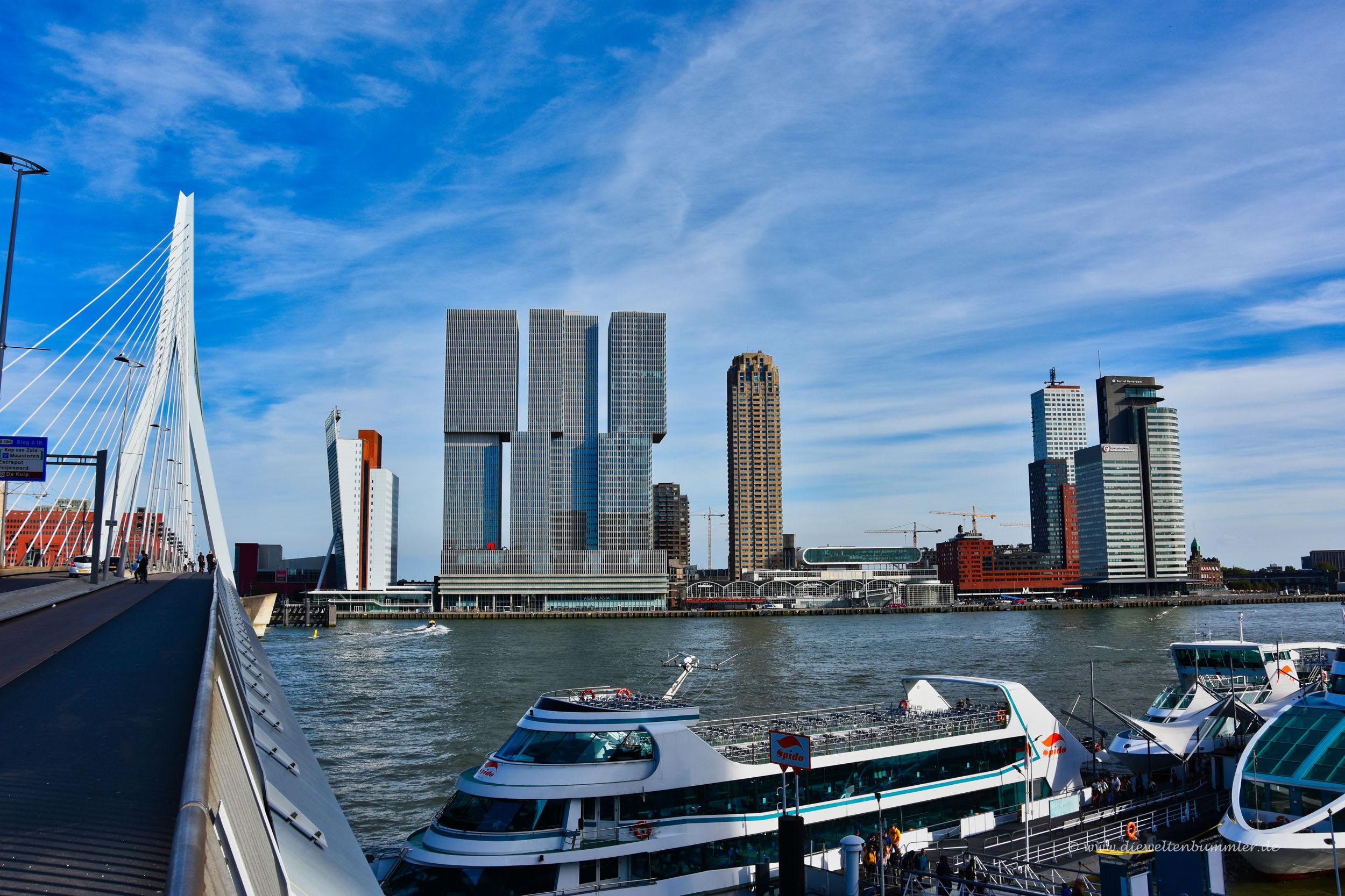Am Hafen von Rotterdam