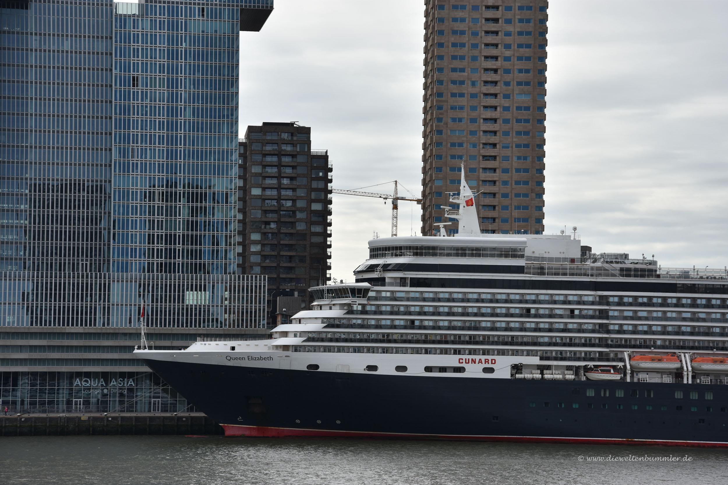 Queen Elizabeth in Rotterdam