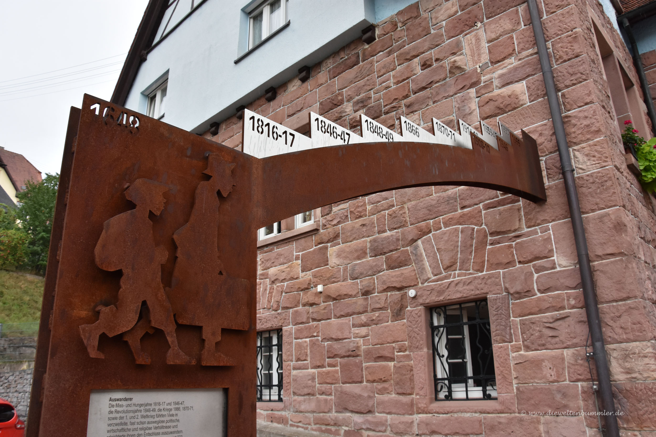 Denkmal an die Auswanderer in Forbach