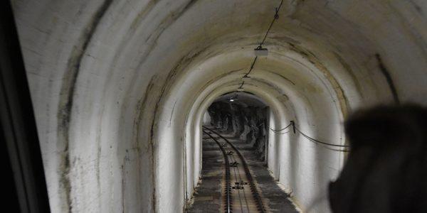 Mit der Floyenbahn durch den Tunnel