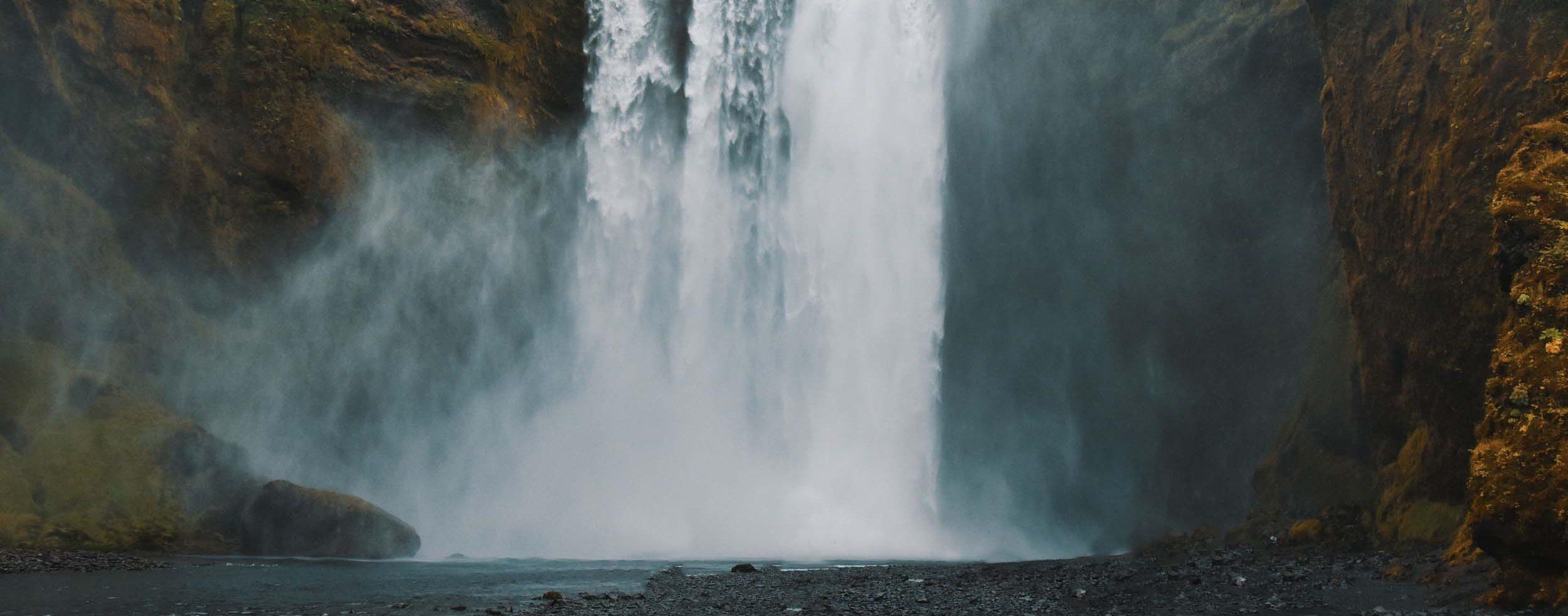 60 Meter rauscht das Wasser in die Tiefe