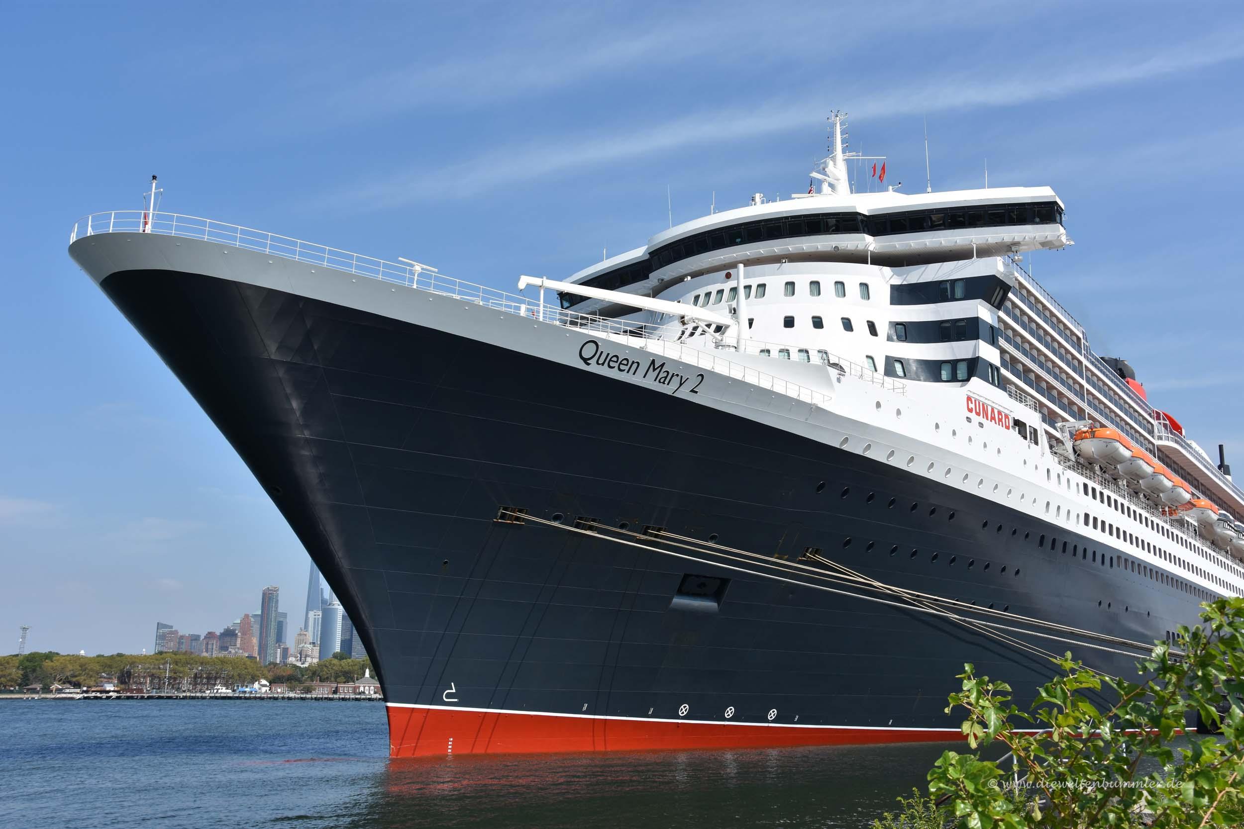 Die Queen Mary 2 in Brooklyn