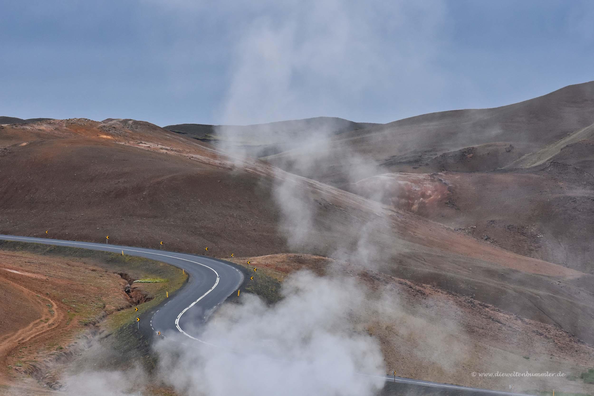 Straße zum Pass Námaskarð