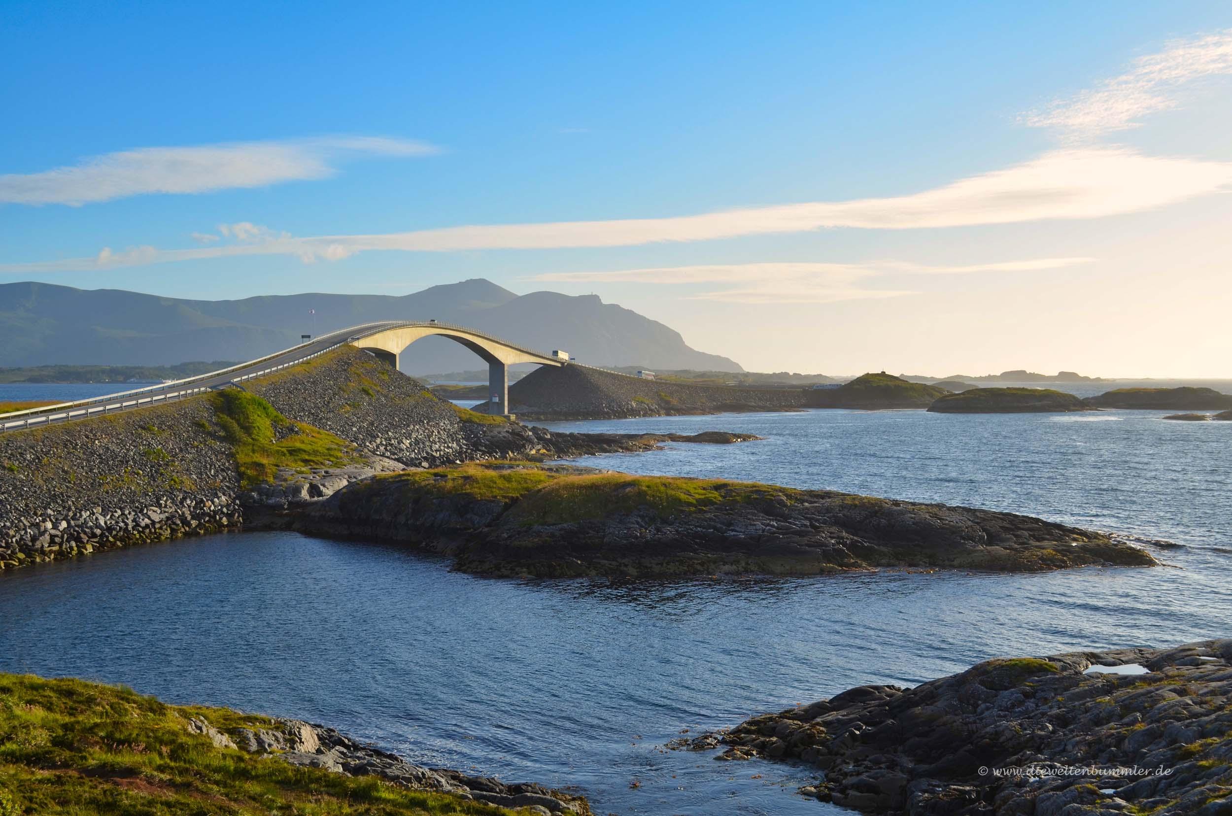 Brücke am Atlanterhavsvegen