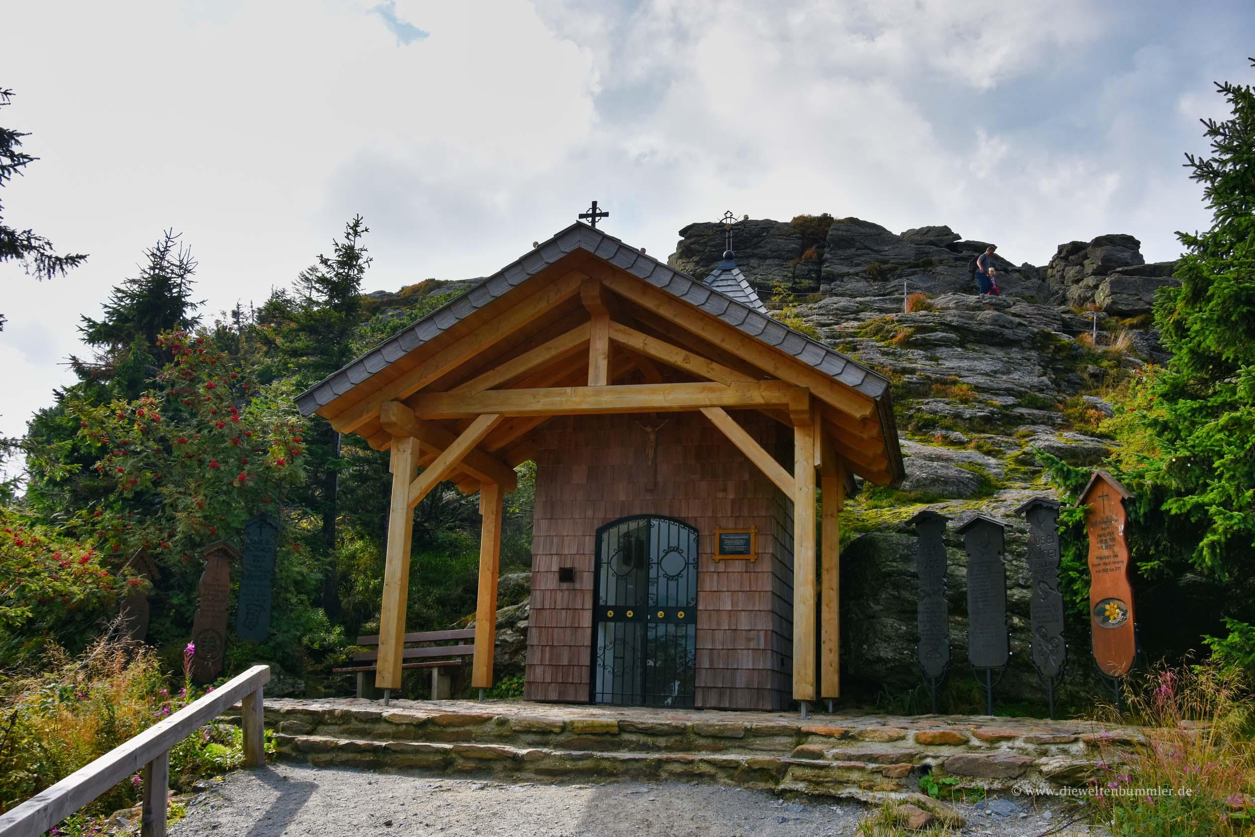 Kapelle unterhalb des Gipfels