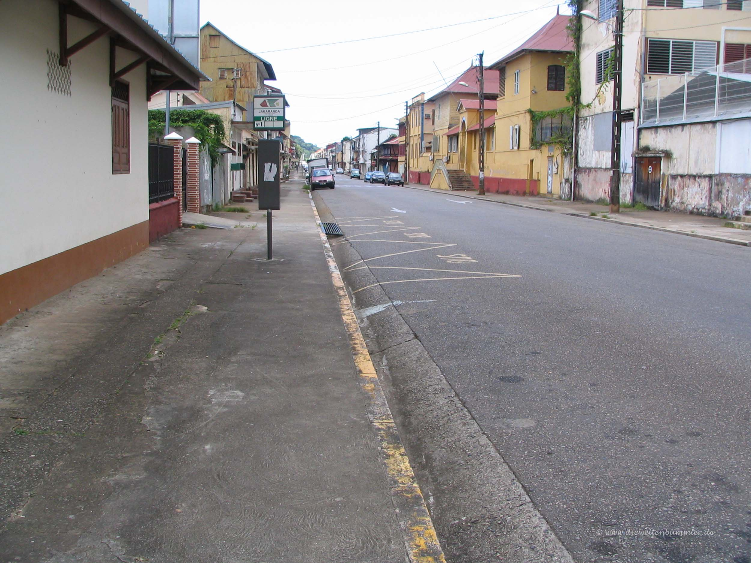 Leere Straßen in Cayenne