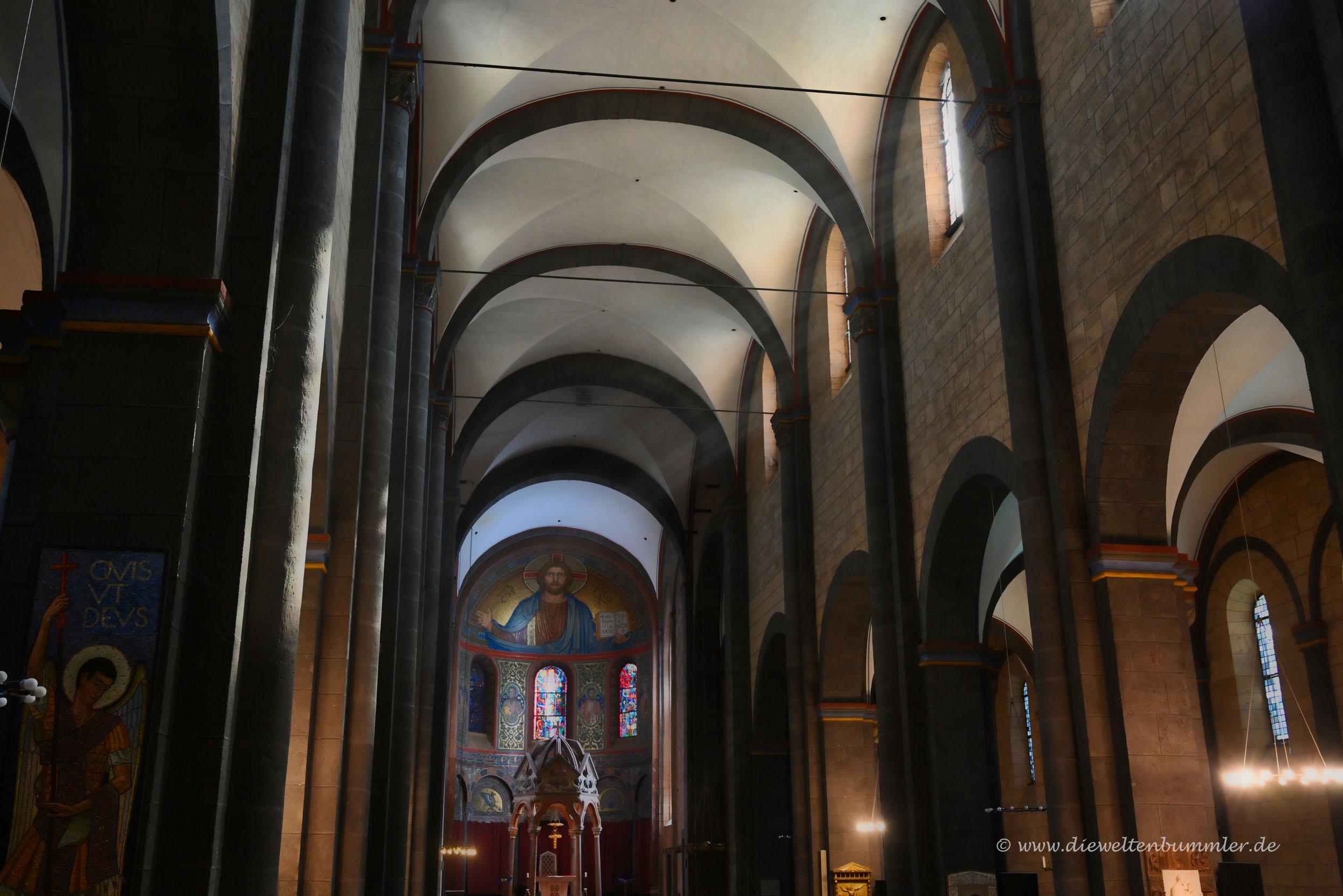 Kirche im Kloster Maria Laach