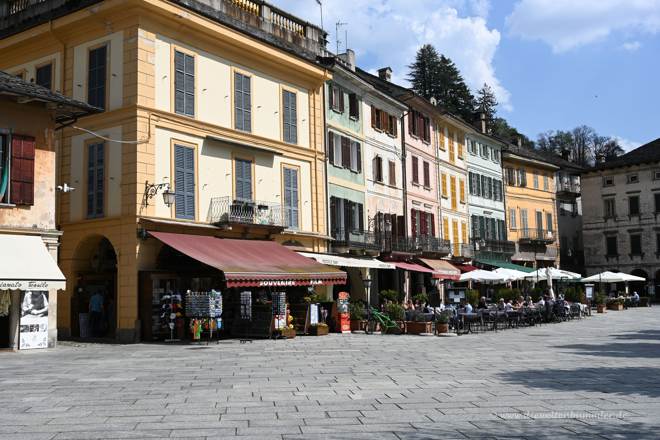 Auf der Piazza in Orta San Giulio