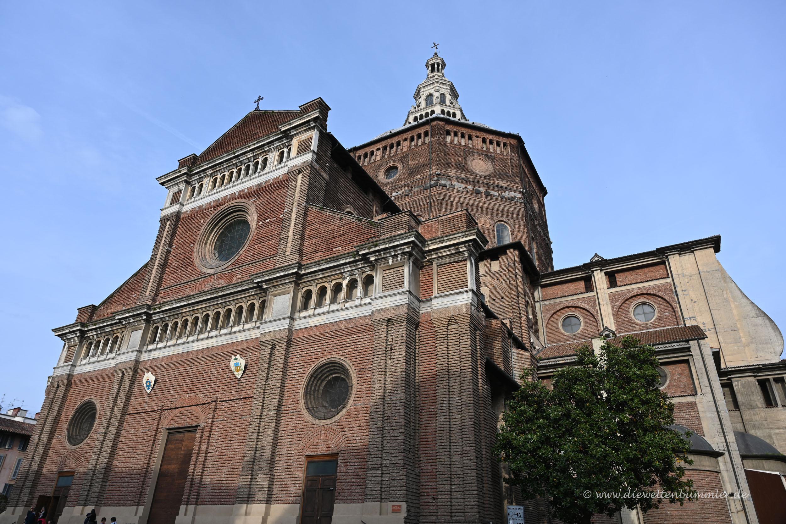 Dom in Pavia