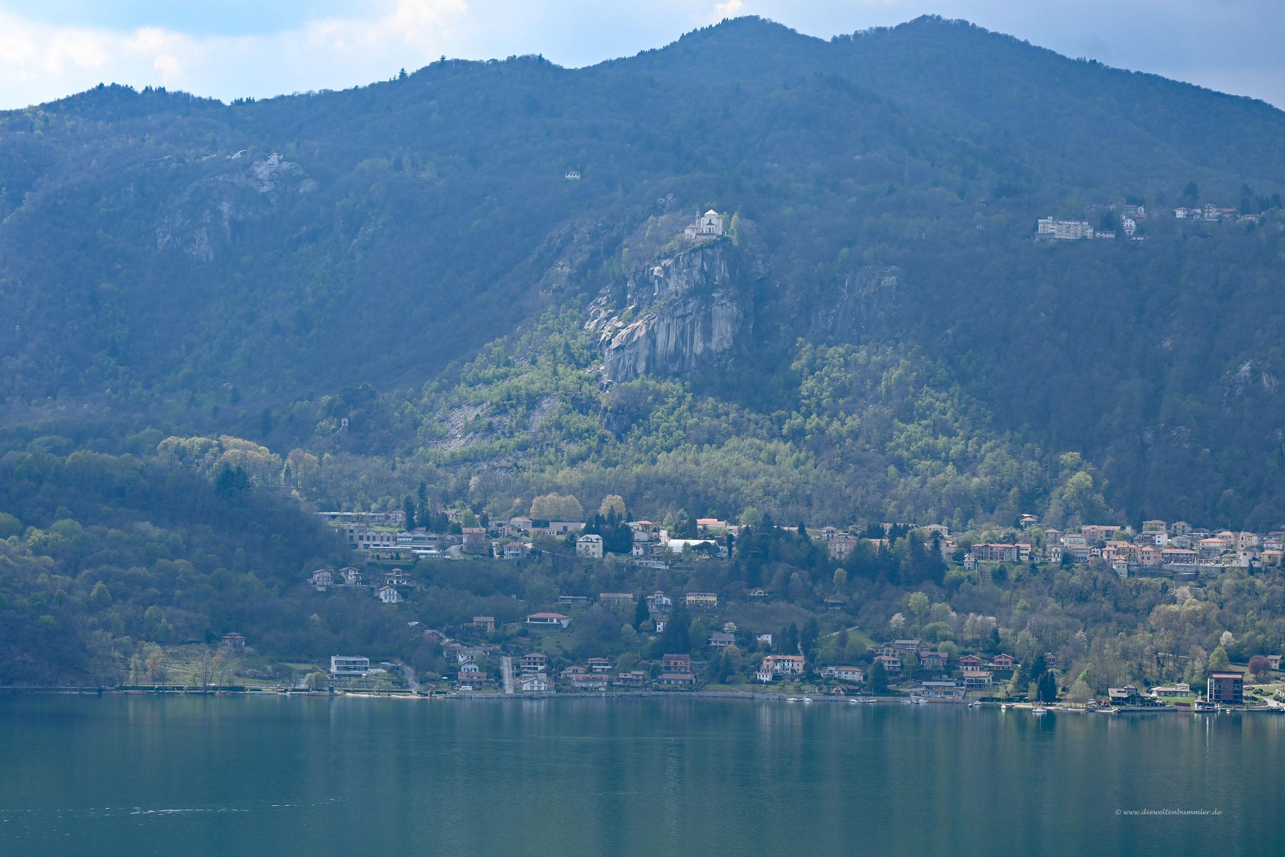 Kirche oberhalb vom Lago Iseo