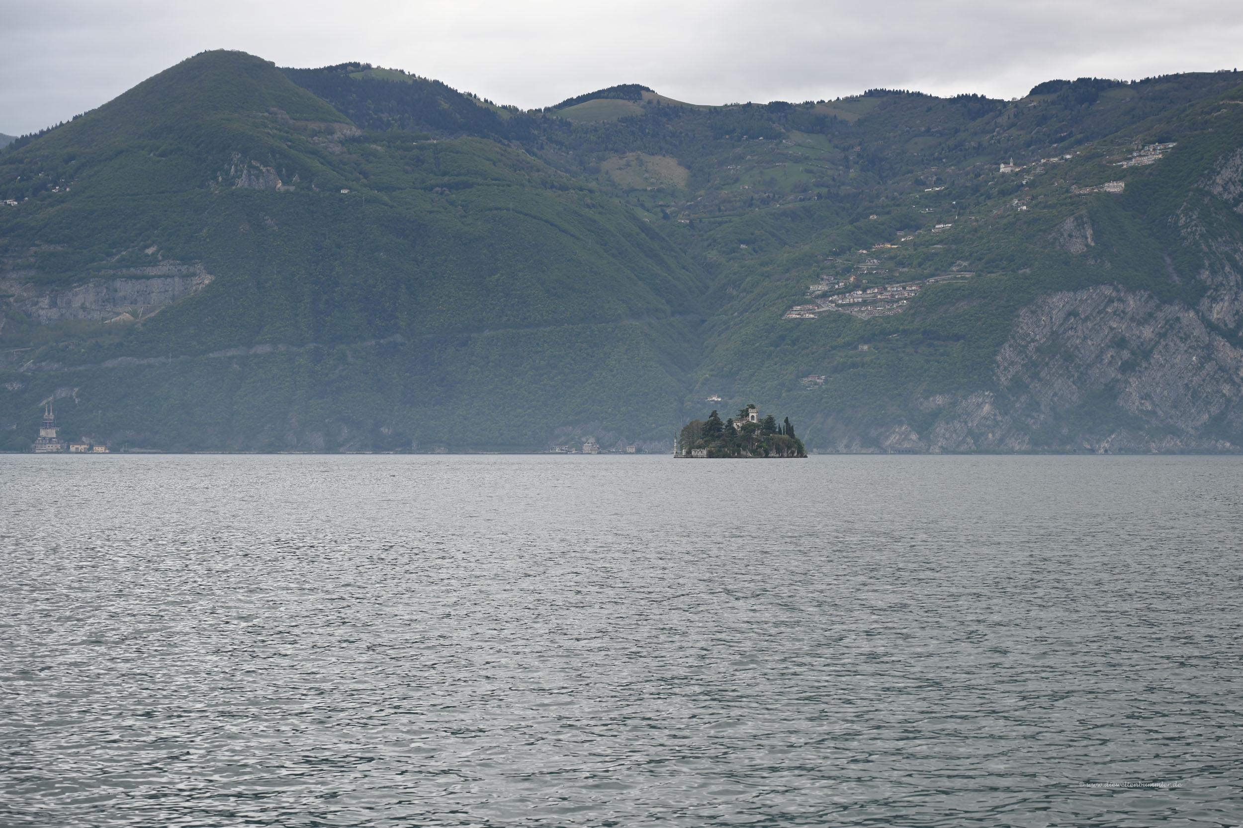 Kleine Insel im Lago Iseo