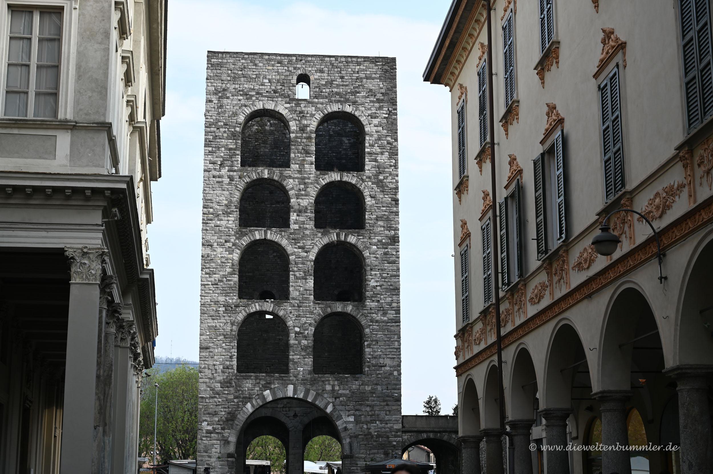 Porta Torre in Como