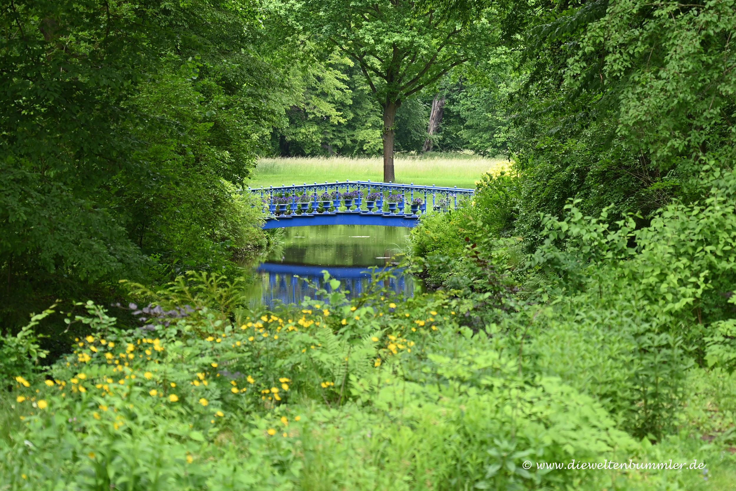 Blaue Brücke im Fürst-Pückler-Park