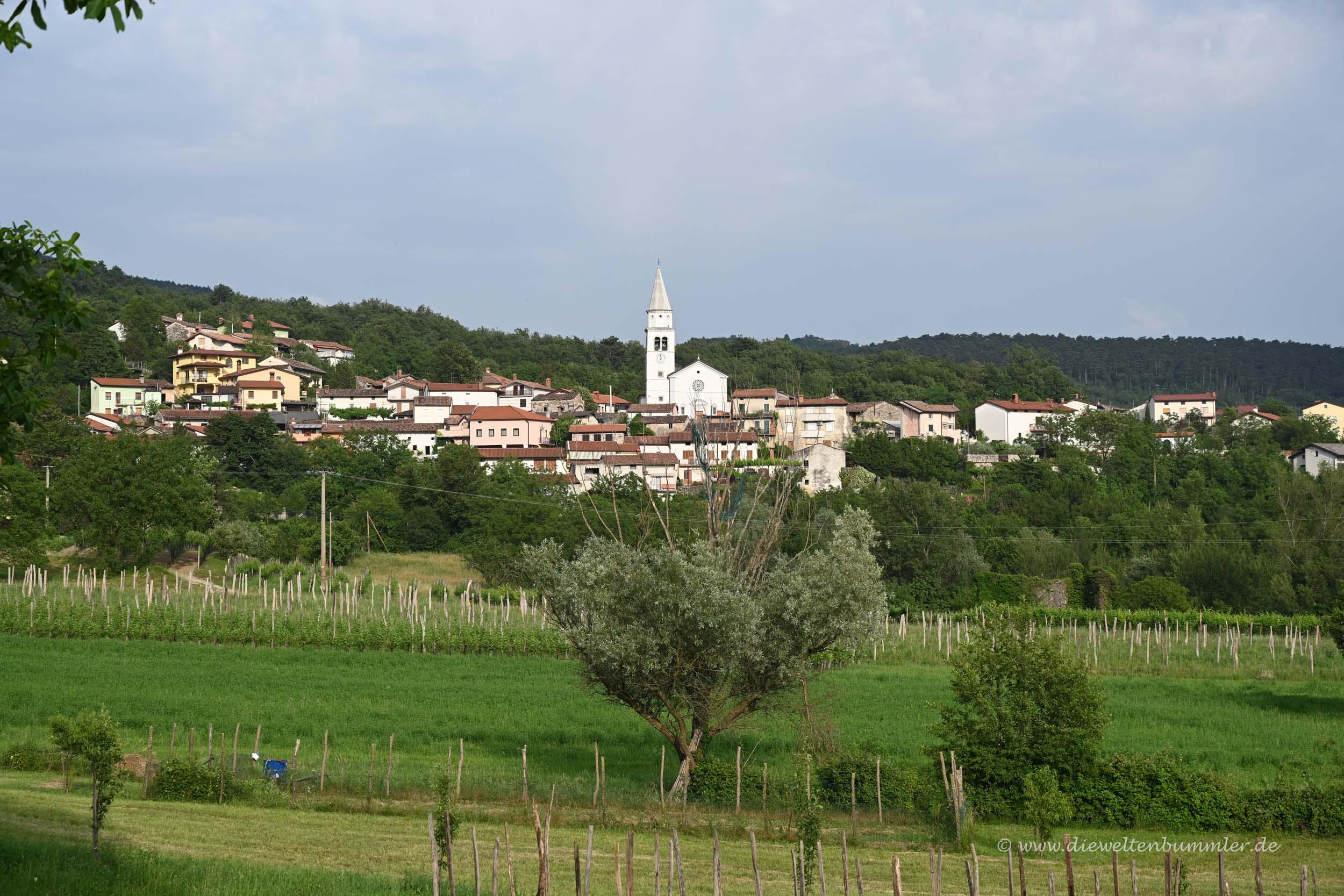 Dorf im Vipava-Tal